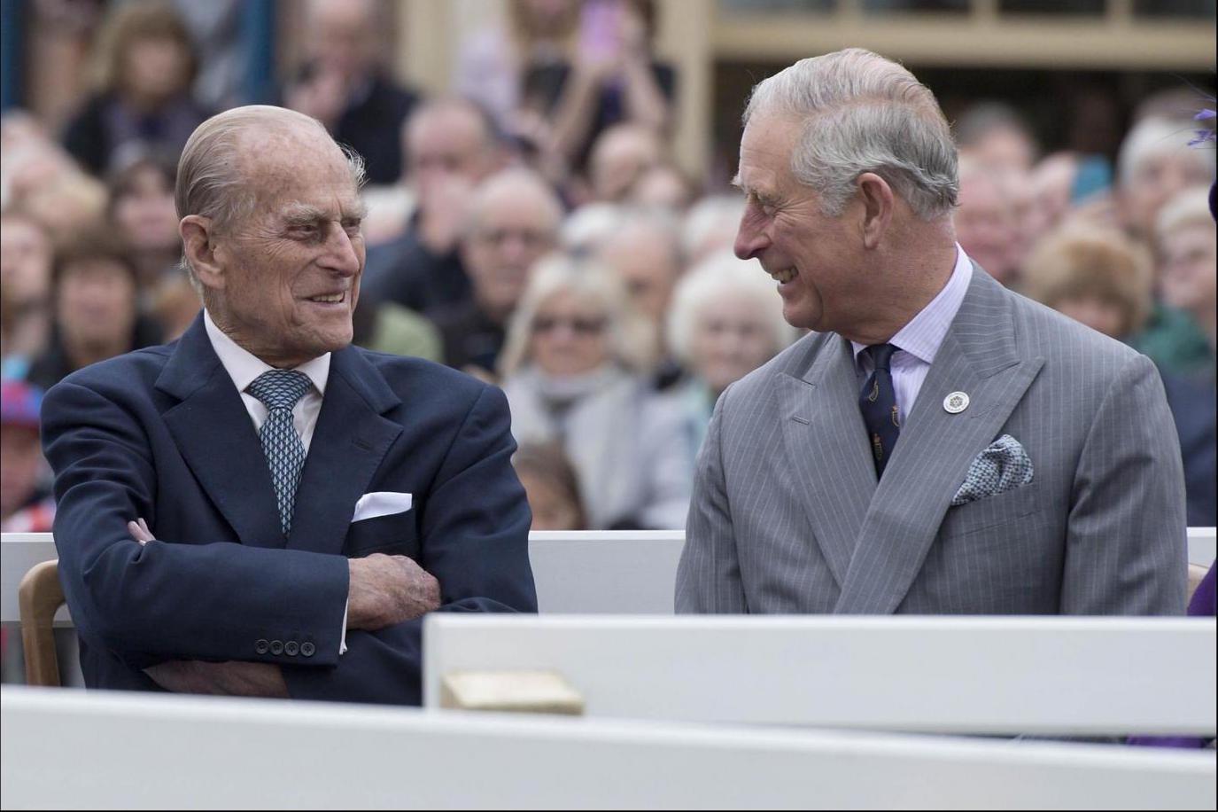 Buckingham Palace, Filippo si ritira