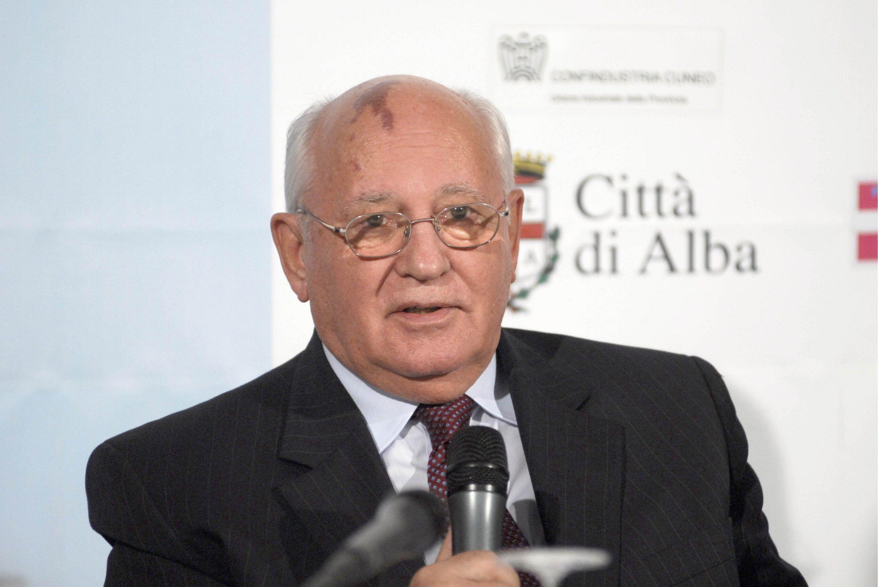 Mikail Gorbaciov ospite della rassegna 'Alba Libri'