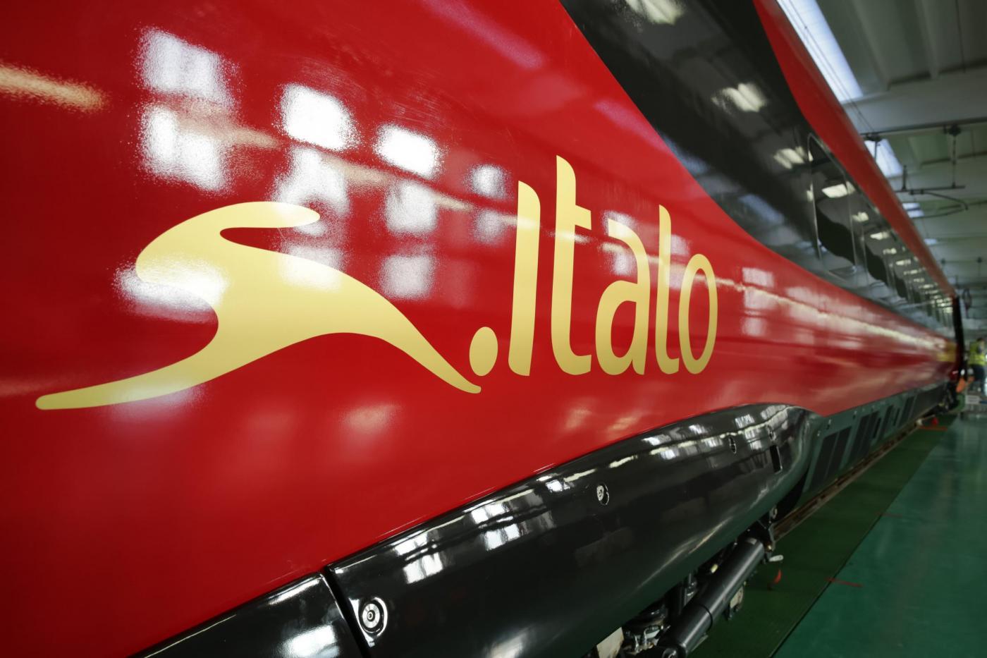 Italo offerta di lavoro: assunzioni hostess e steward per i treni