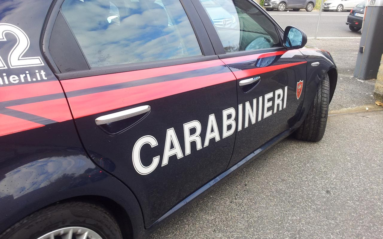 Roma, si finge badante per derubare gli anziani: arrestata 40enne dominicana