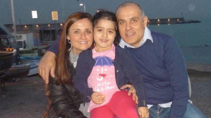 La petizione di un padre disoccupato: «Cerco lavoro per curare mia figlia»