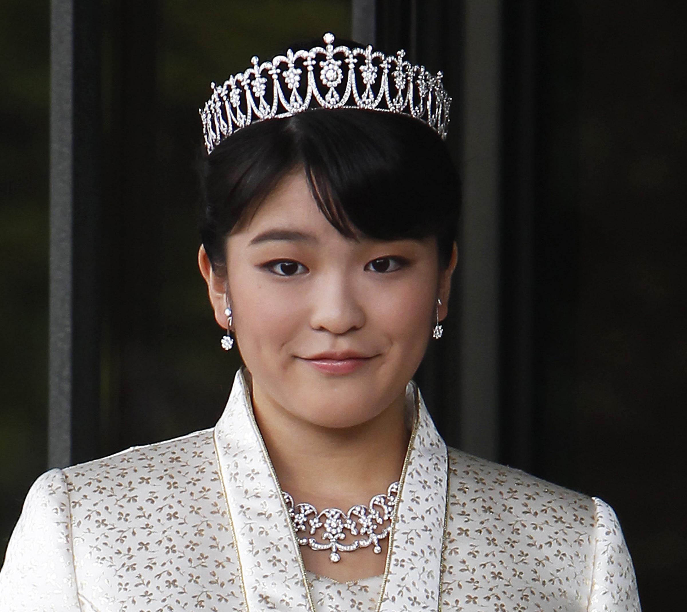 La principessa Mako del Giappone rinuncia al trono per amore