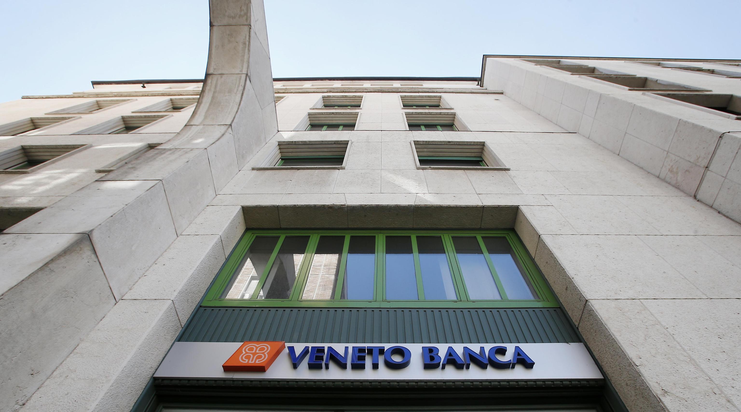 Salvataggio Banche Venete in Intesa: un mese per definire 1.050 esuberi