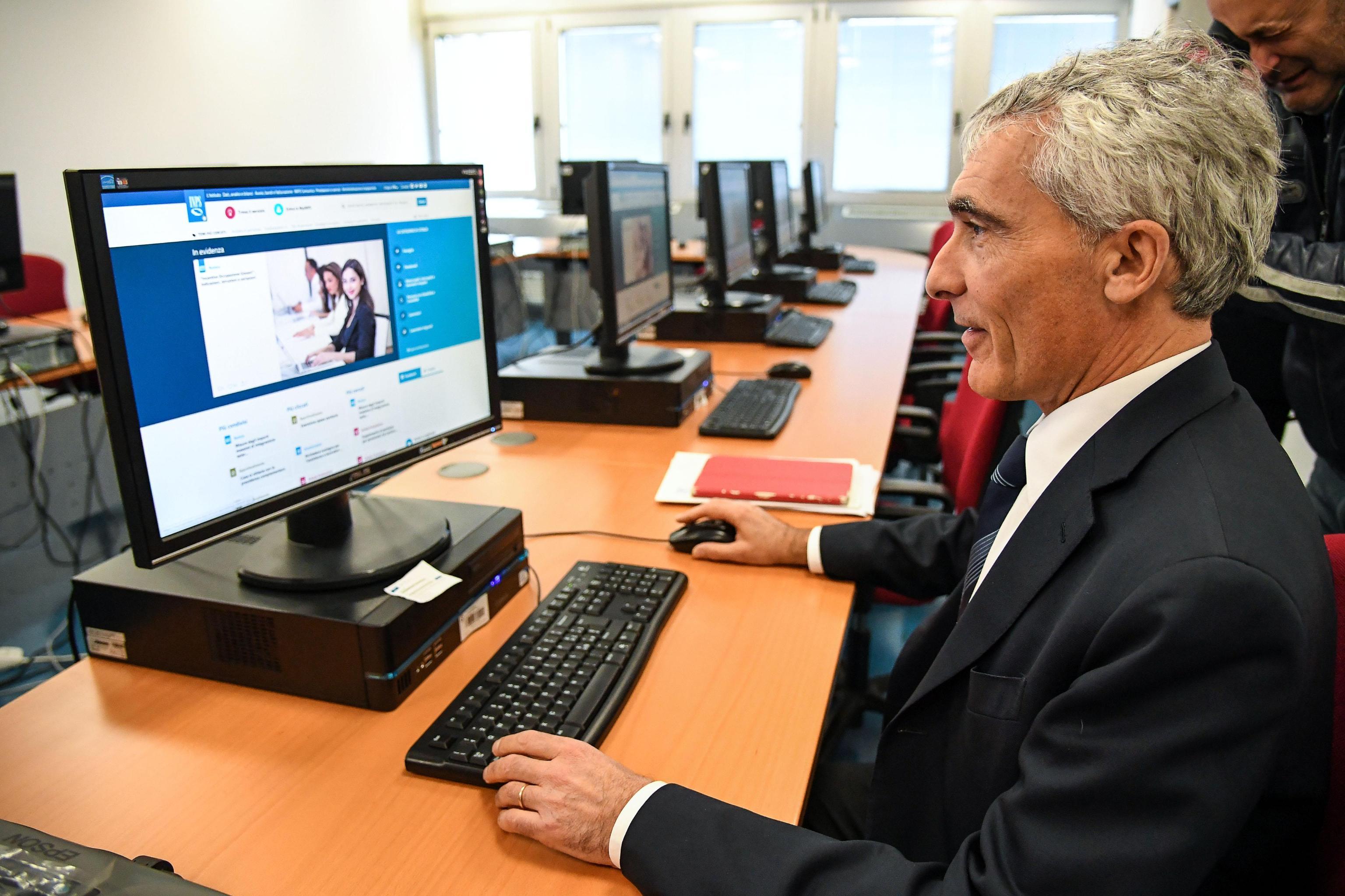 Pensioni anticipate: news sul decreto per l'APE volontaria
