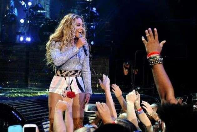 Beyoncé: i gemelli della cantante hanno finalmente un nome, Sir e Rumi Carter