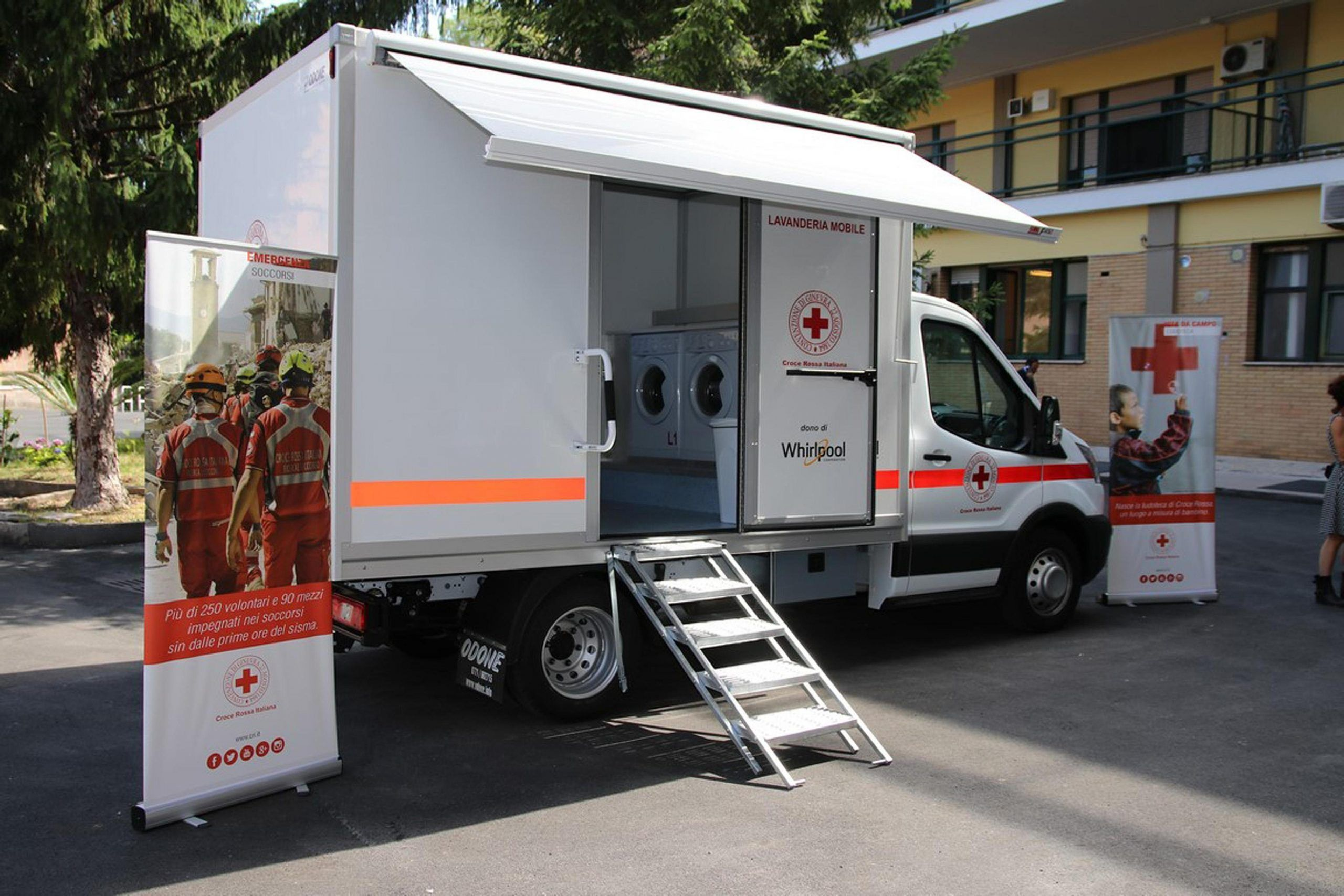 Terremoto la lavanderia mobile prima in Italia