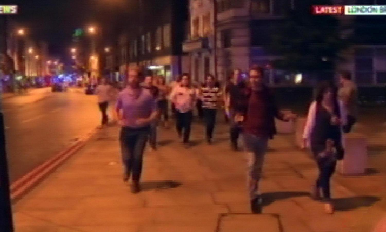 ++ Gb: London Bridge chiuso, fino a 6 persone investite ++