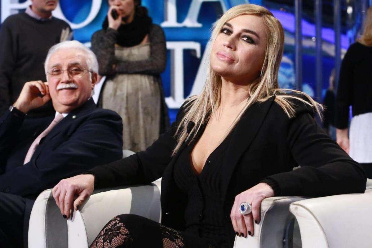 Lory Del Santo tradita da Marco Cucolo? L'attrice smentisce a Pomeriggio 5