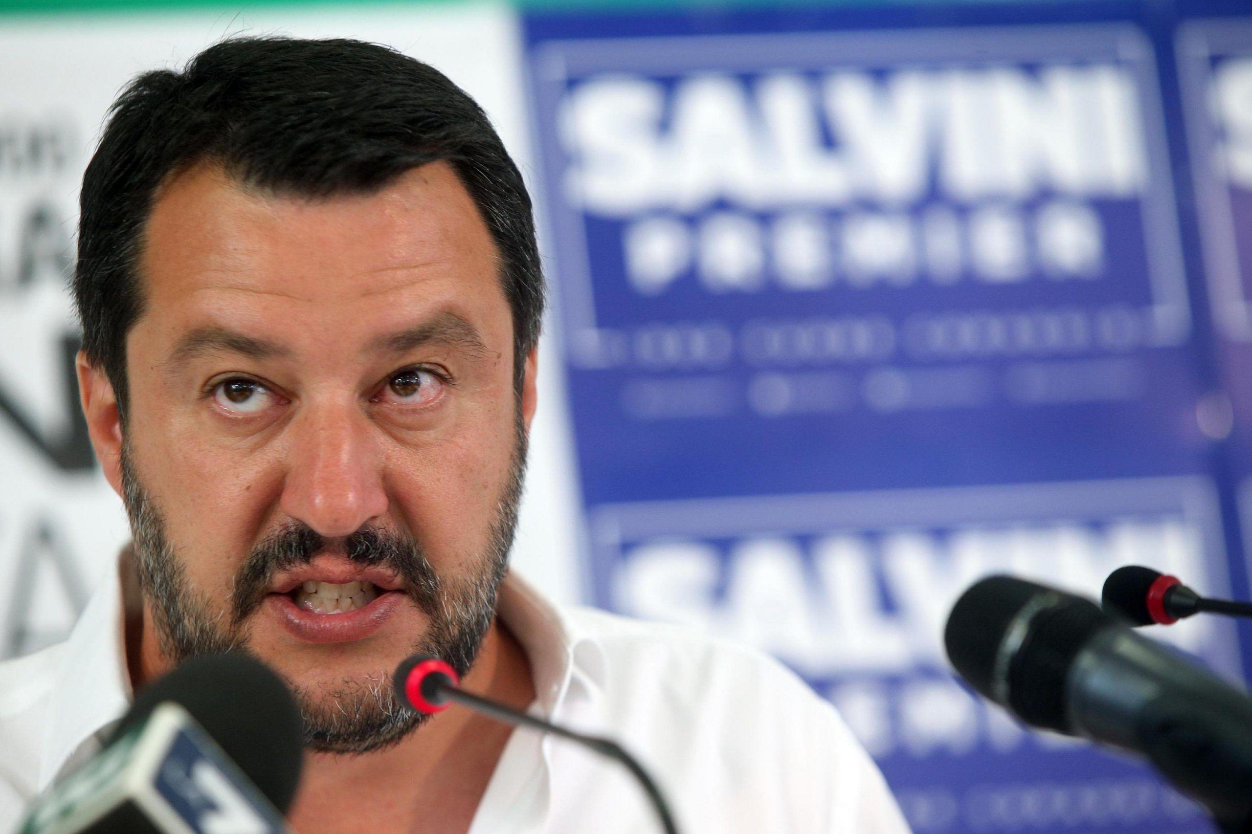 Salvini: 'Raggi a processo? Non deve dimettersi ma la condanno politicamente'