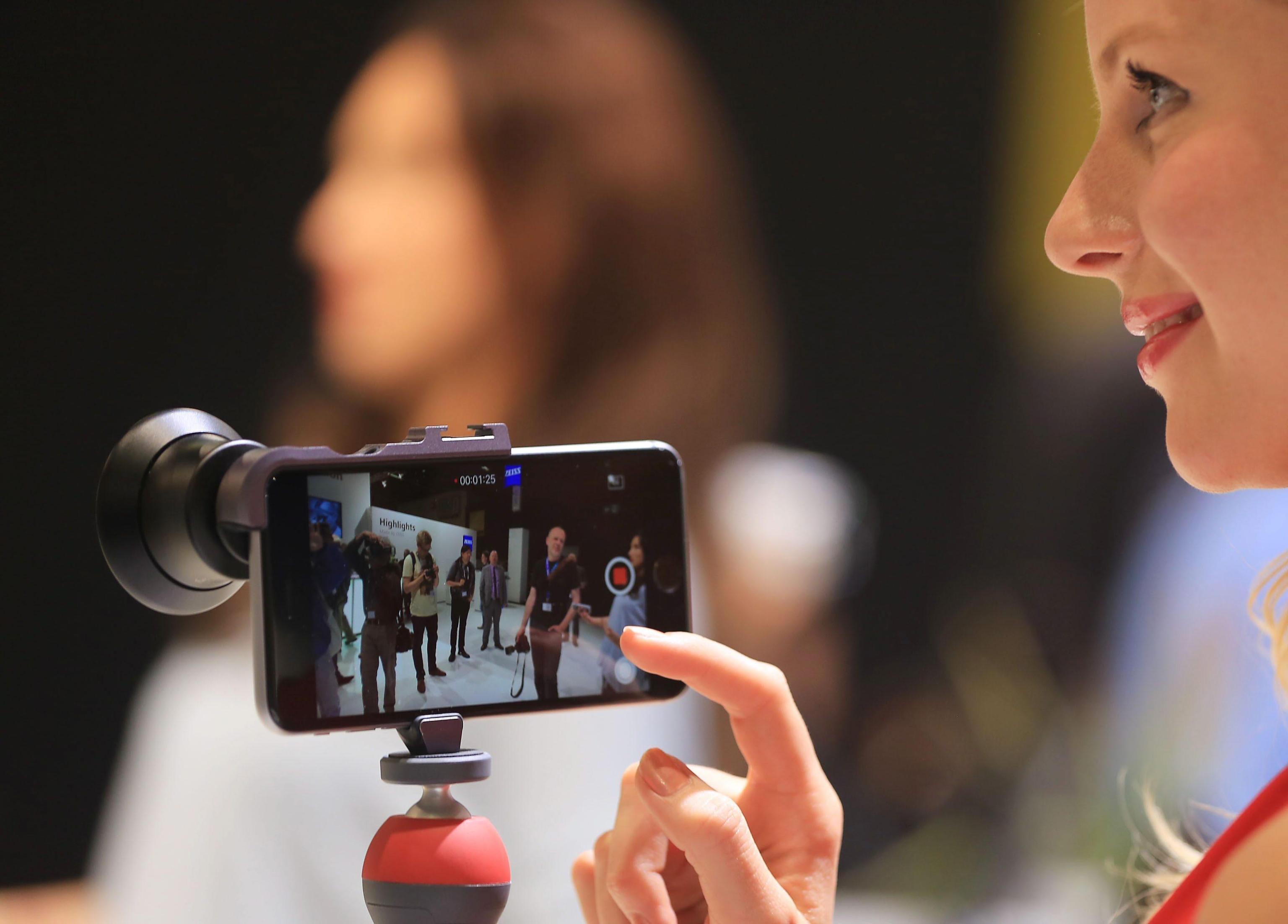 I migliori smartphone fino a 800 euro da comprare nel 2017
