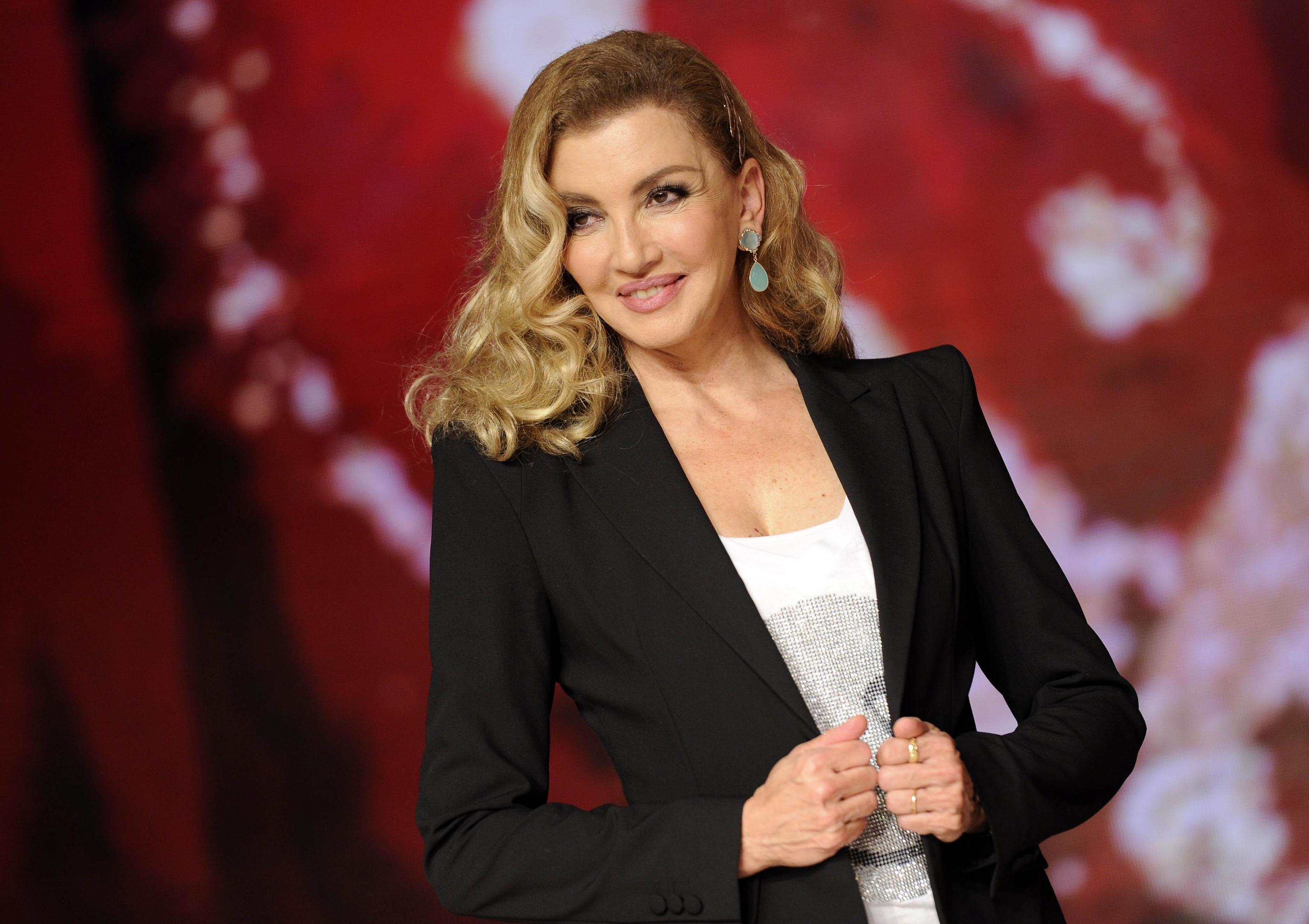 Milly Carlucci e il peso forma: 'Le donne della TV non possono ingrassare'