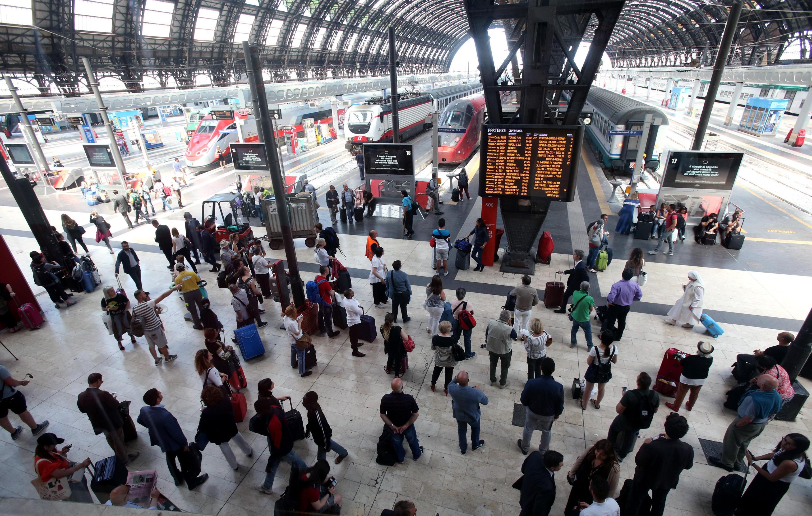 Elezioni Amministrative: offerte treni e aerei per chi va a votare