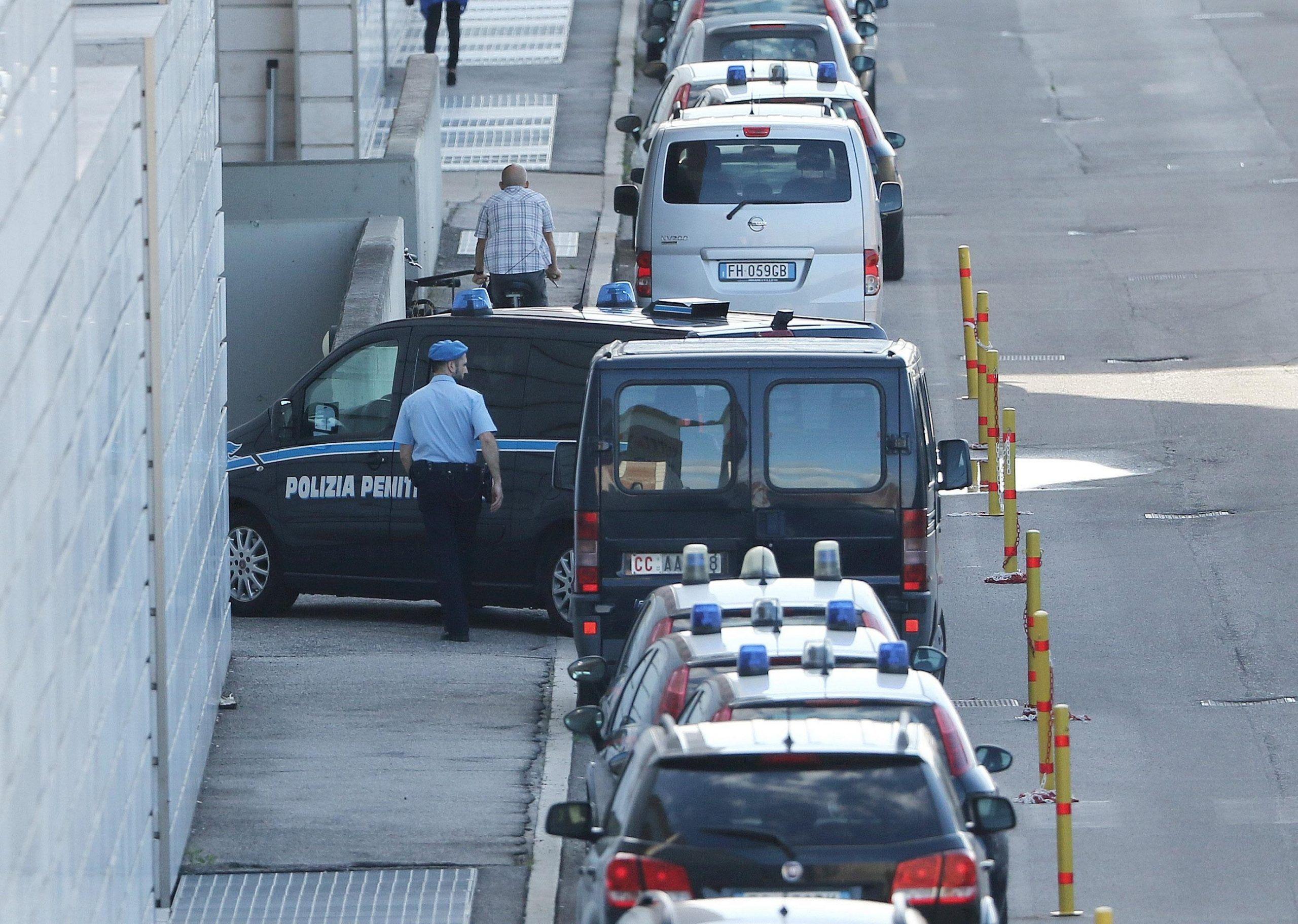 Caso Yara, al via il processo d'appello per Bossetti: no della Corte all'uso dei video