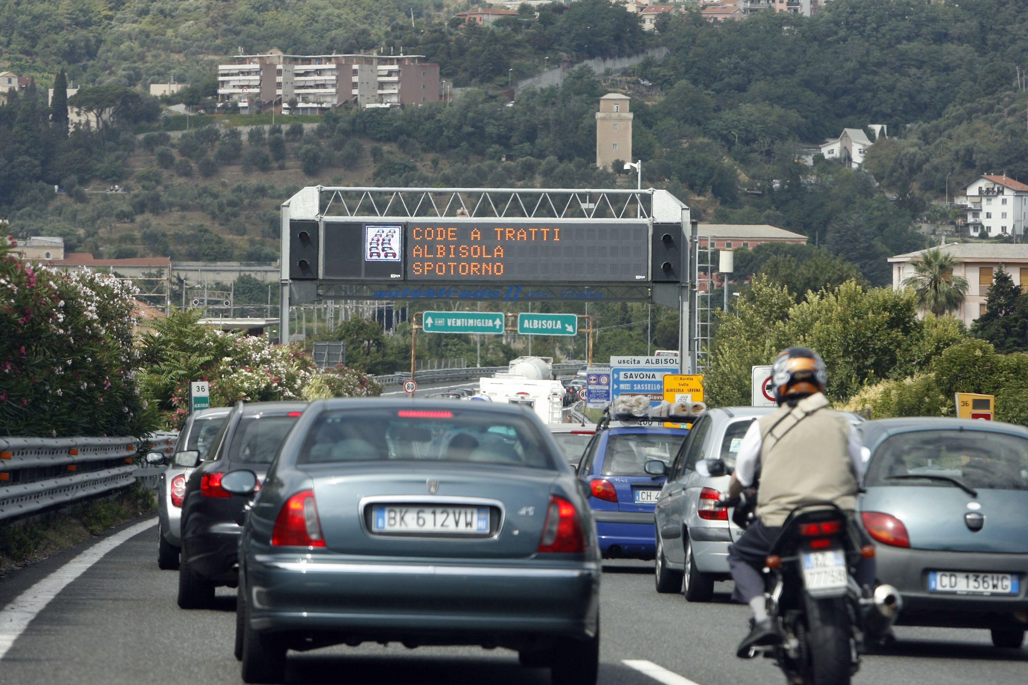 Autostrada A10 Genova-Savona, chiuso casello di Albisola