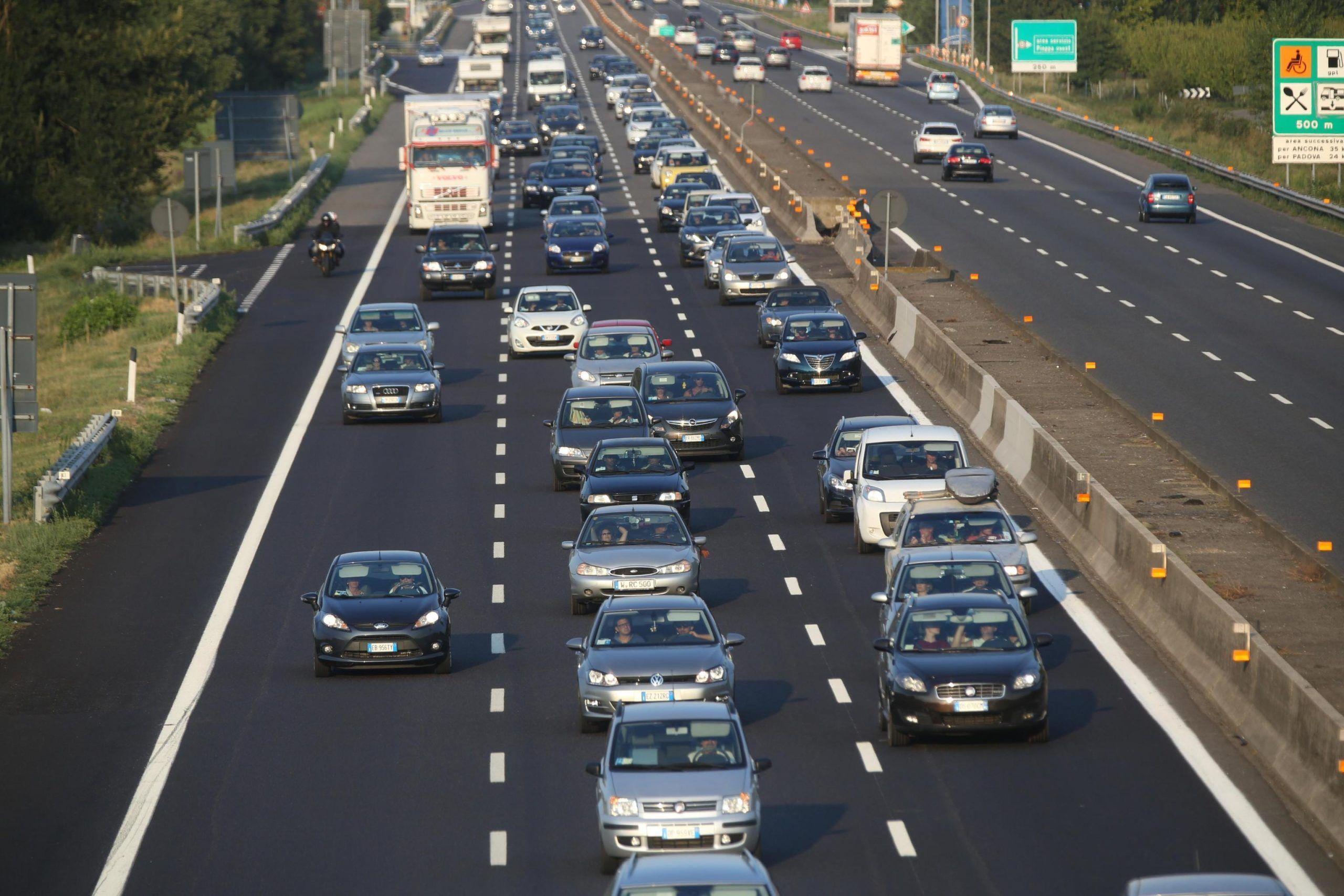 Estate: Viabilità Italia, traffico intenso da nord a sud