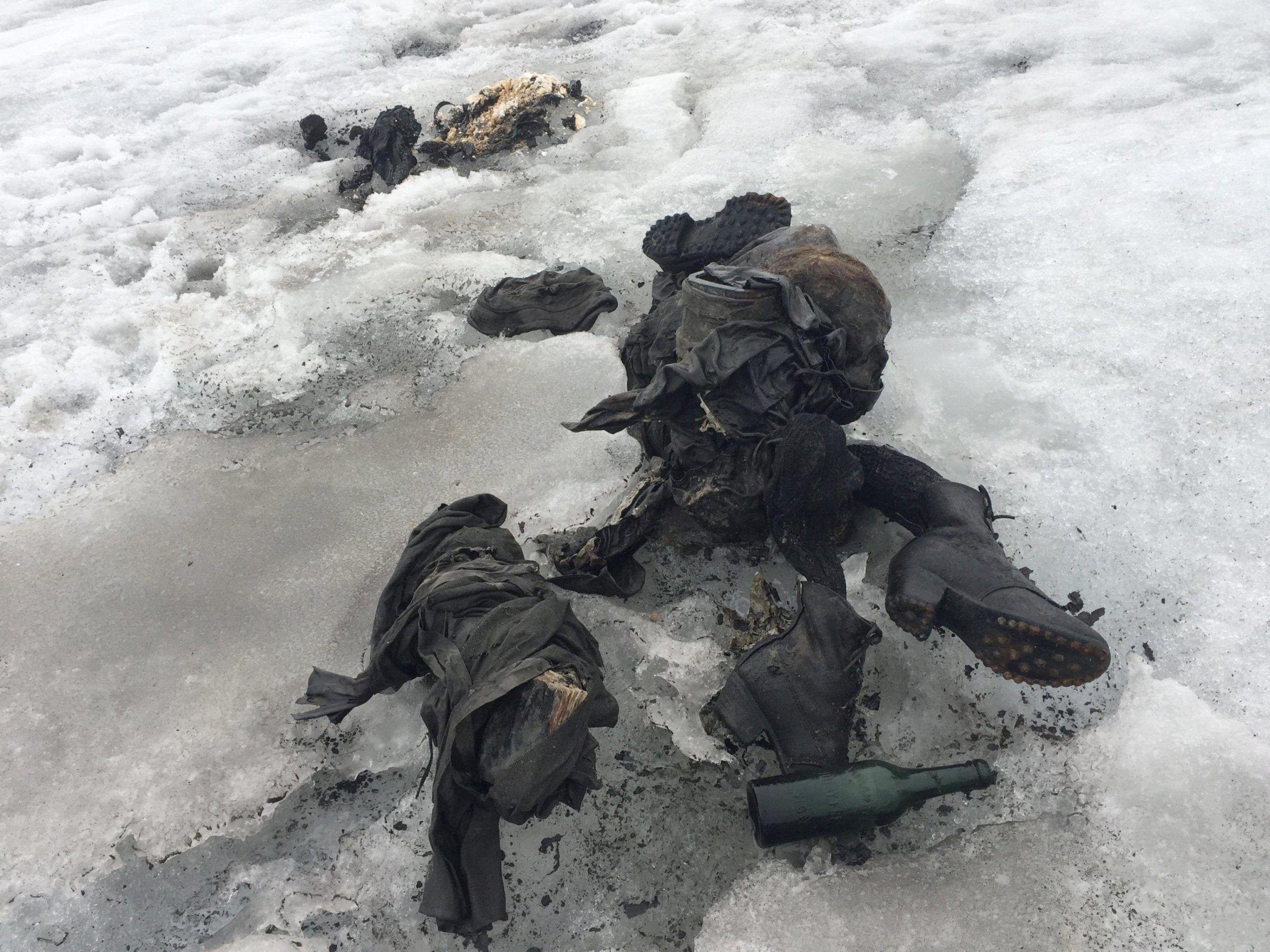 I corpi di una coppia svizzera scomparsa 75 anni fa sono stati ritrovati sul ghiacciaio