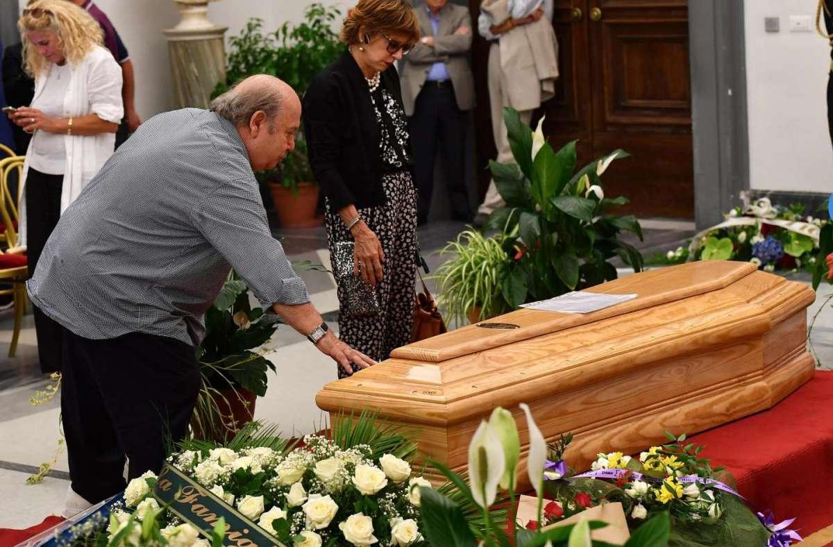 Paolo Villaggio: funerali con cerimonia laica alla Casa del Cinema