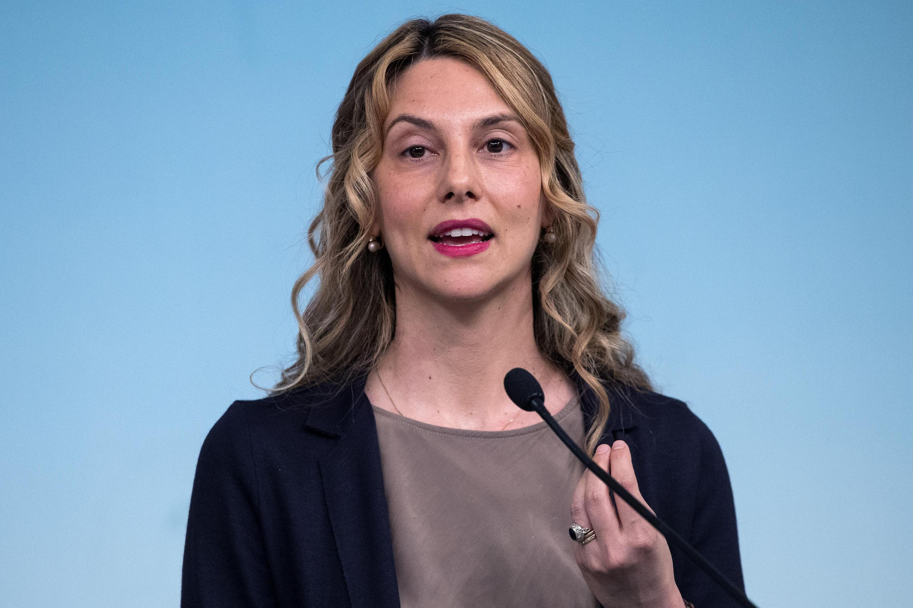 Rinnovo contratti statali, tweet della ministra Madia: 'Ora il contratto'