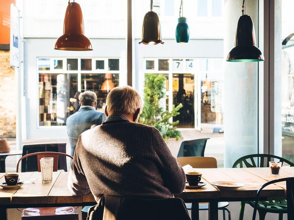 Pensioni: i nati dopo l'80 andranno in pensione a 73 anni? Le possibili alternative