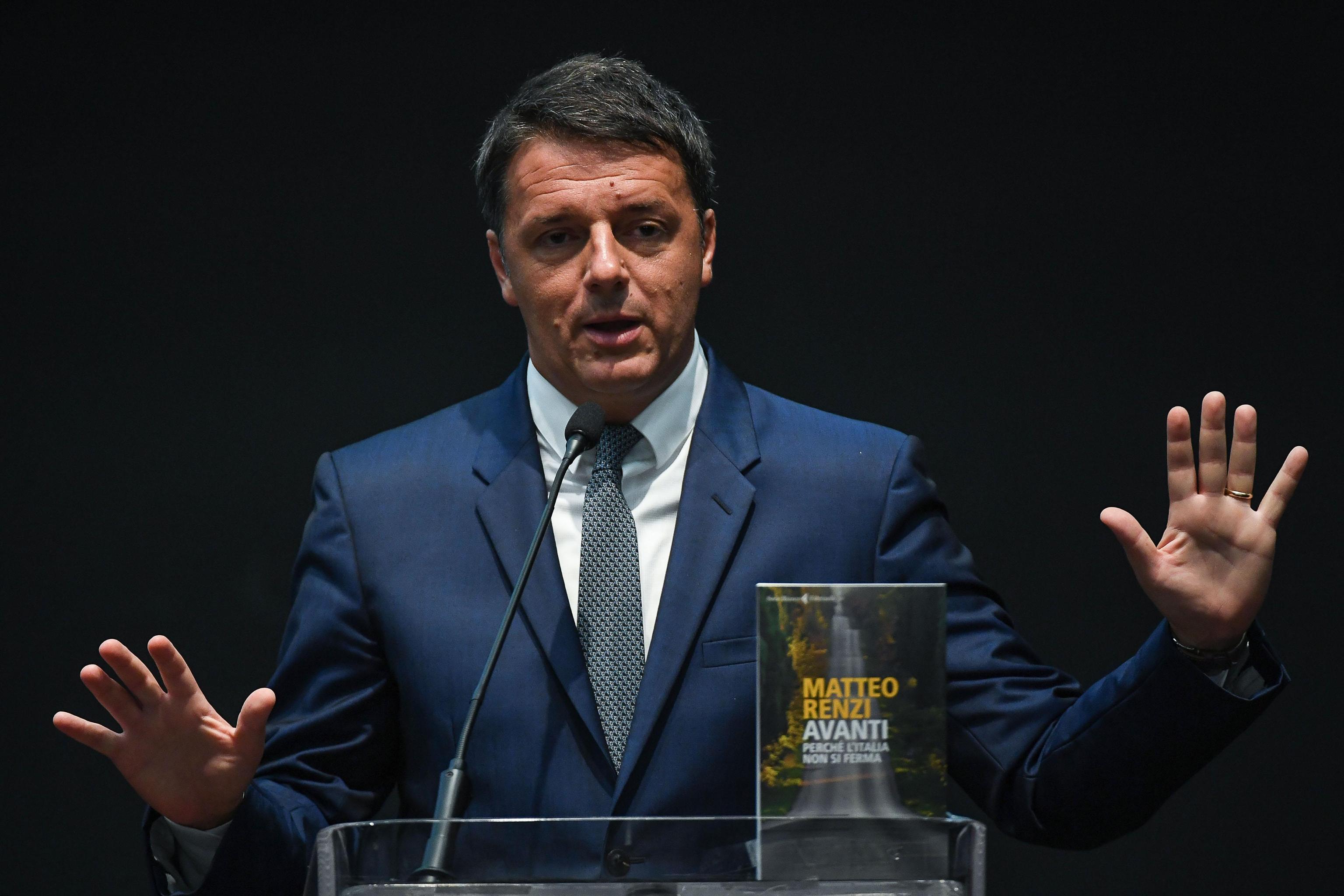 Matteo Renzi e il nuovo libro 'Avanti': la resa dei conti dell'ex premier fa infuriare  Letta
