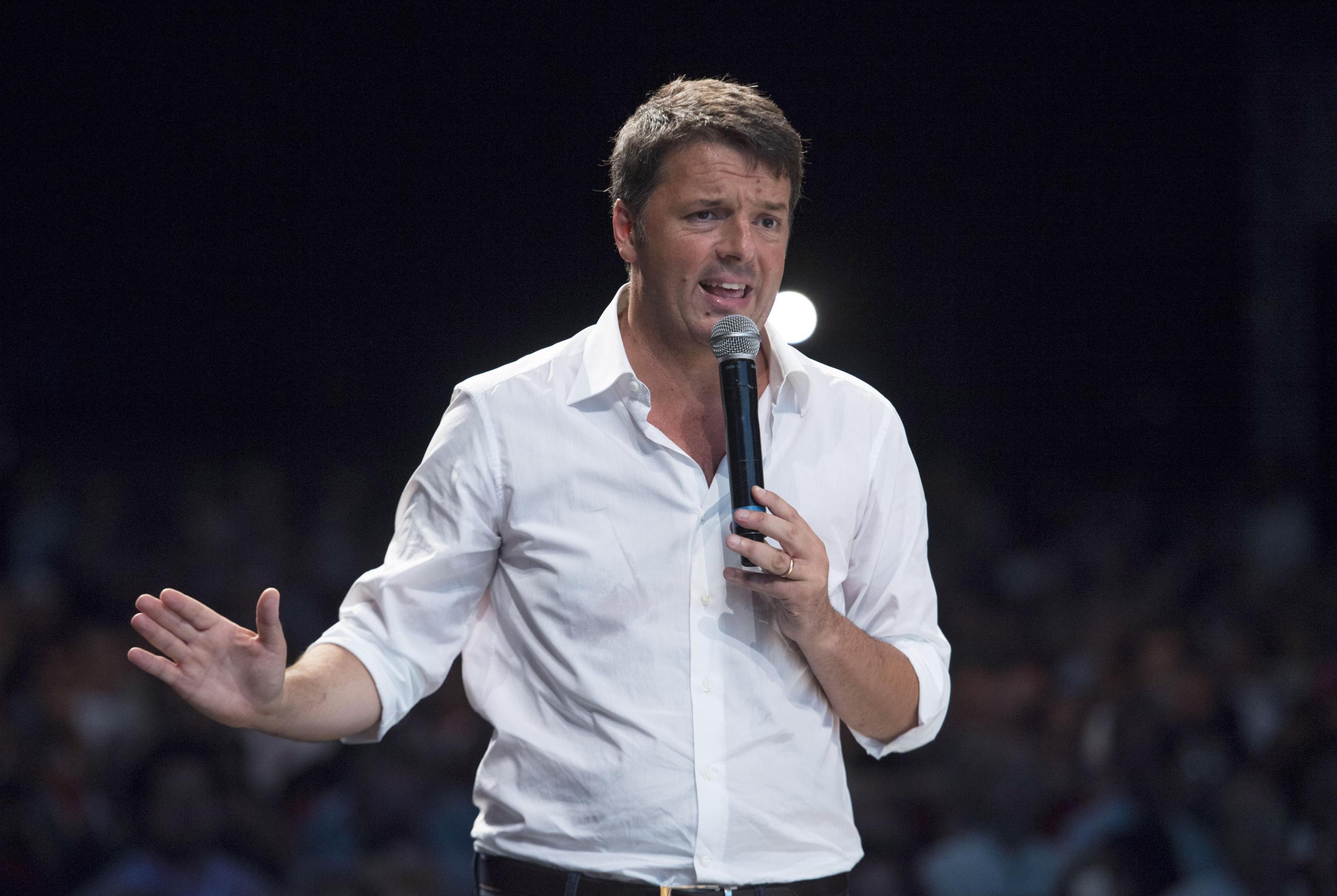 Renzi, provano riscrivere passato,noi scriviamo futuro