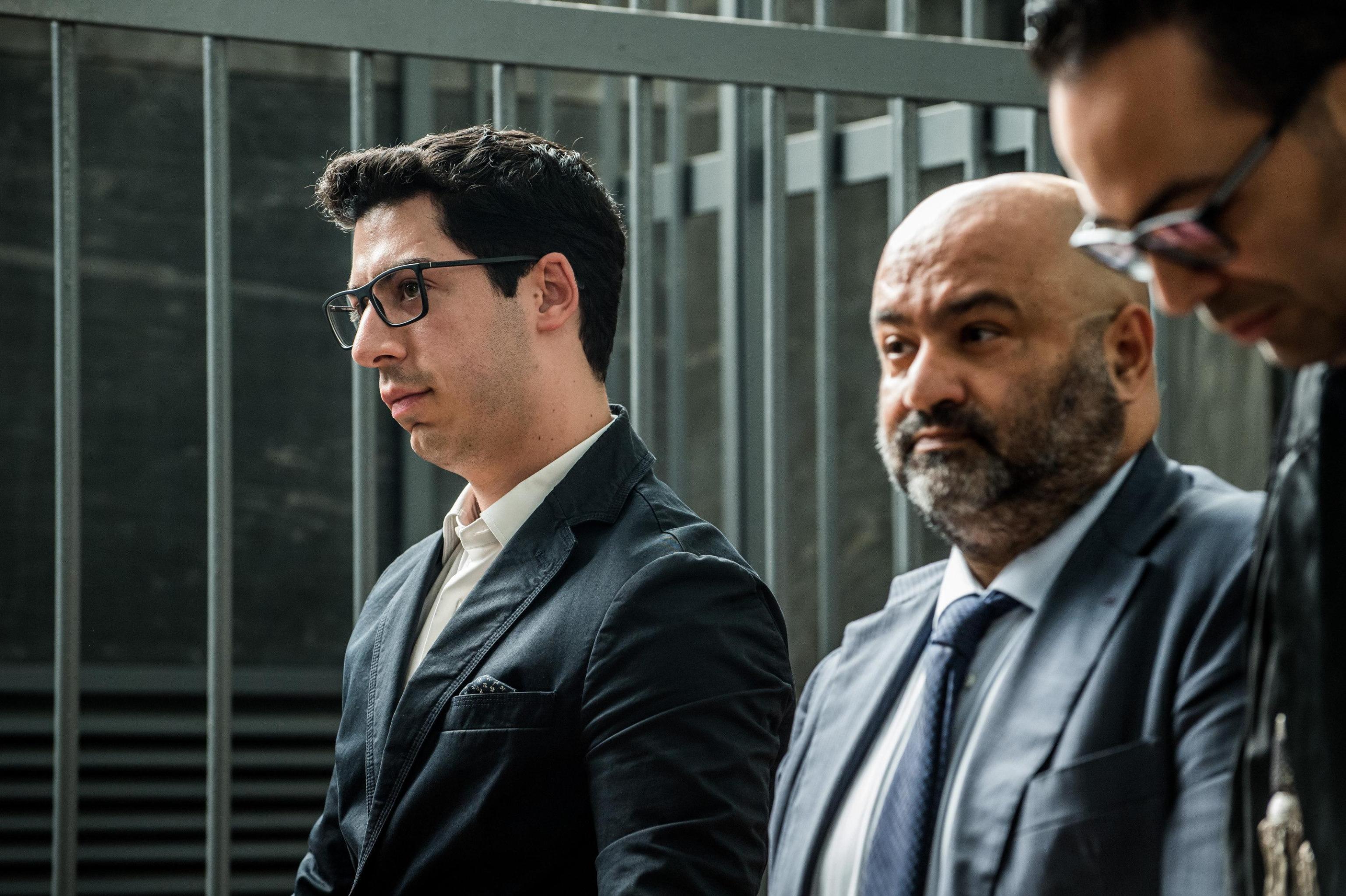 Umberto Bossi condannato, 2 anni e 3 mesi all'ex leader del Carroccio: condannato anche il figlio Renzo