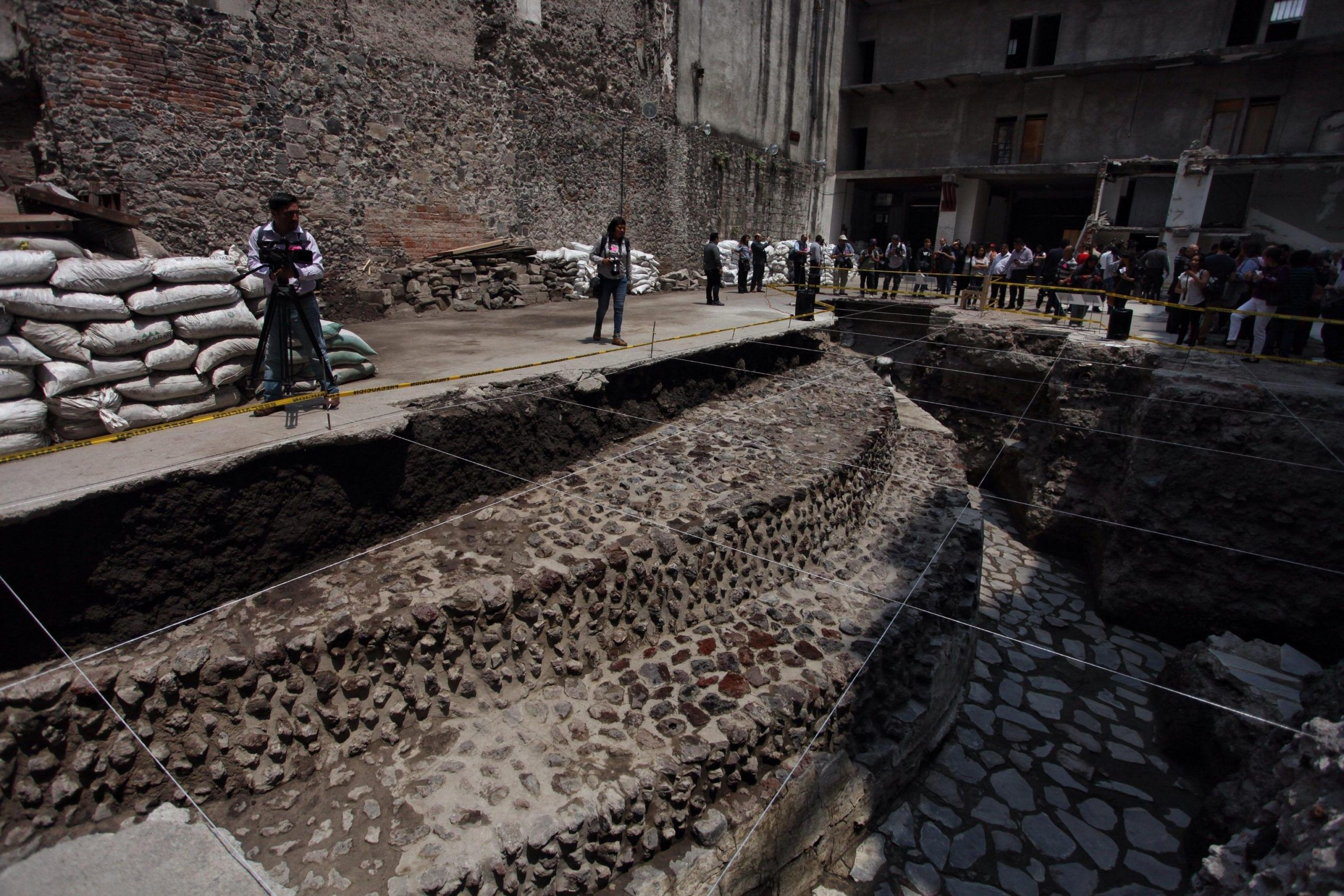 Mexico's INAH presents two new findings at the ancient city of Mexico Tenochtitlan