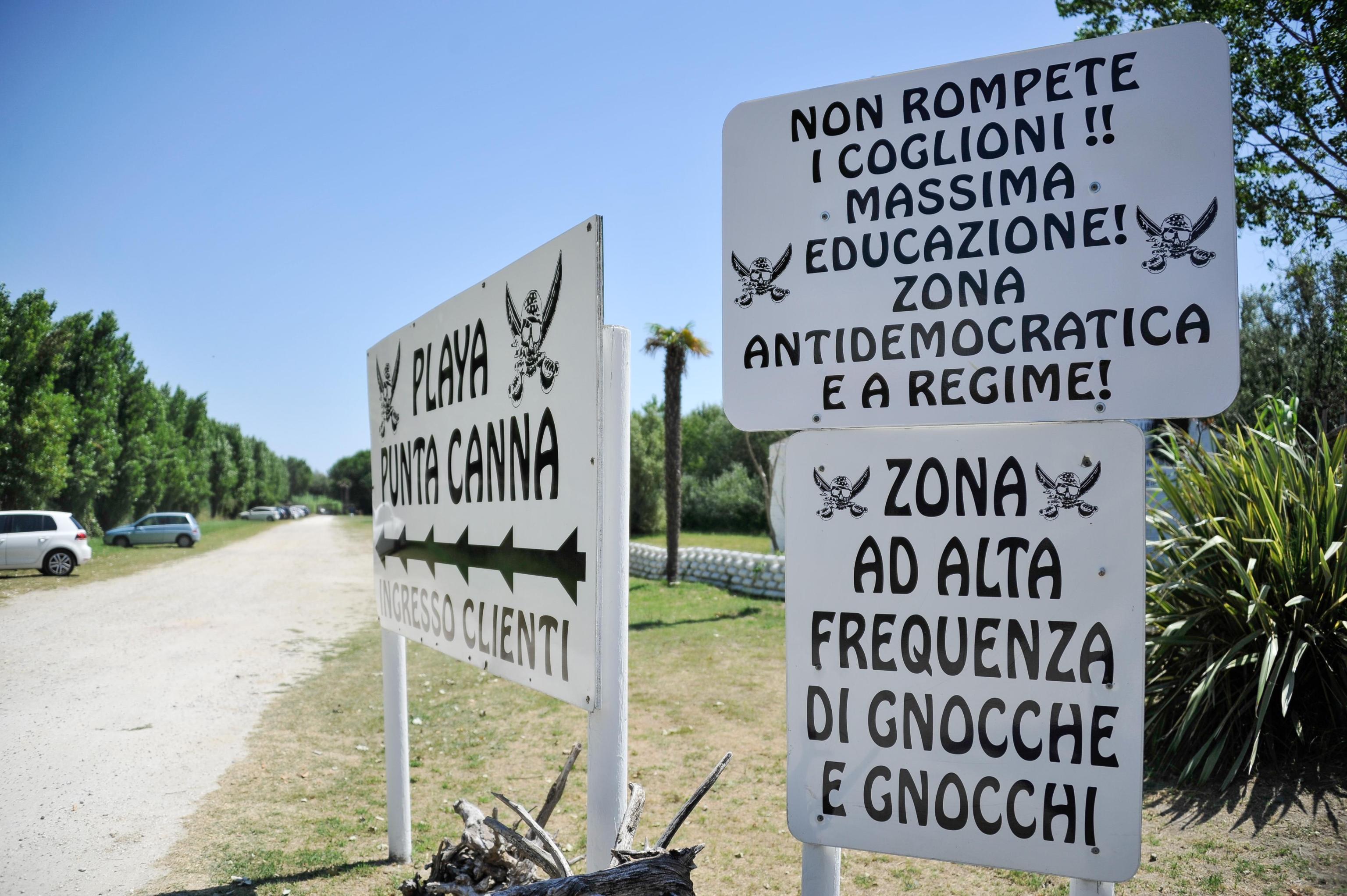 Beach venue near Venice told to remove pro Fascism material