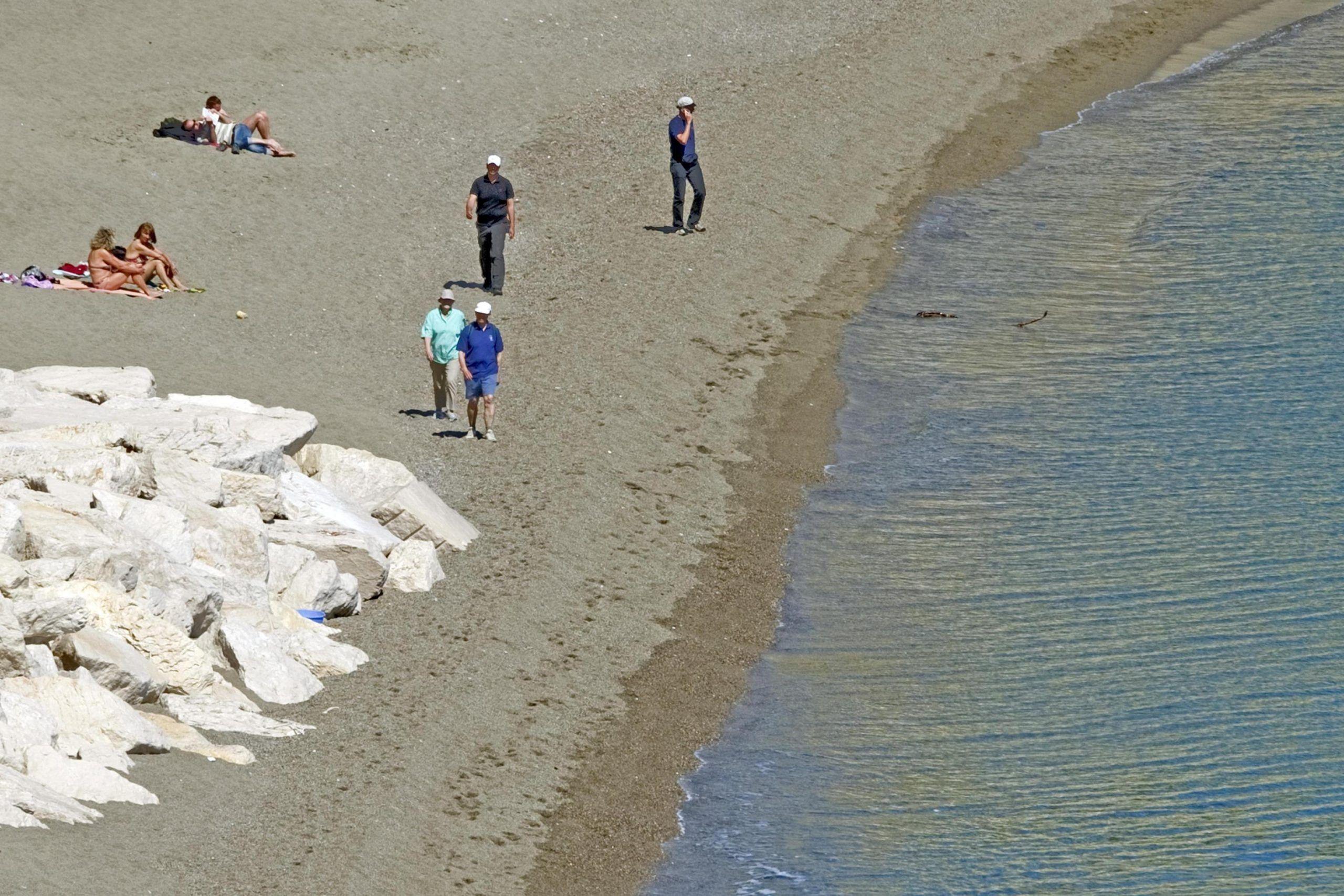 Merkel a Ischia, tra bagni termali e massaggi