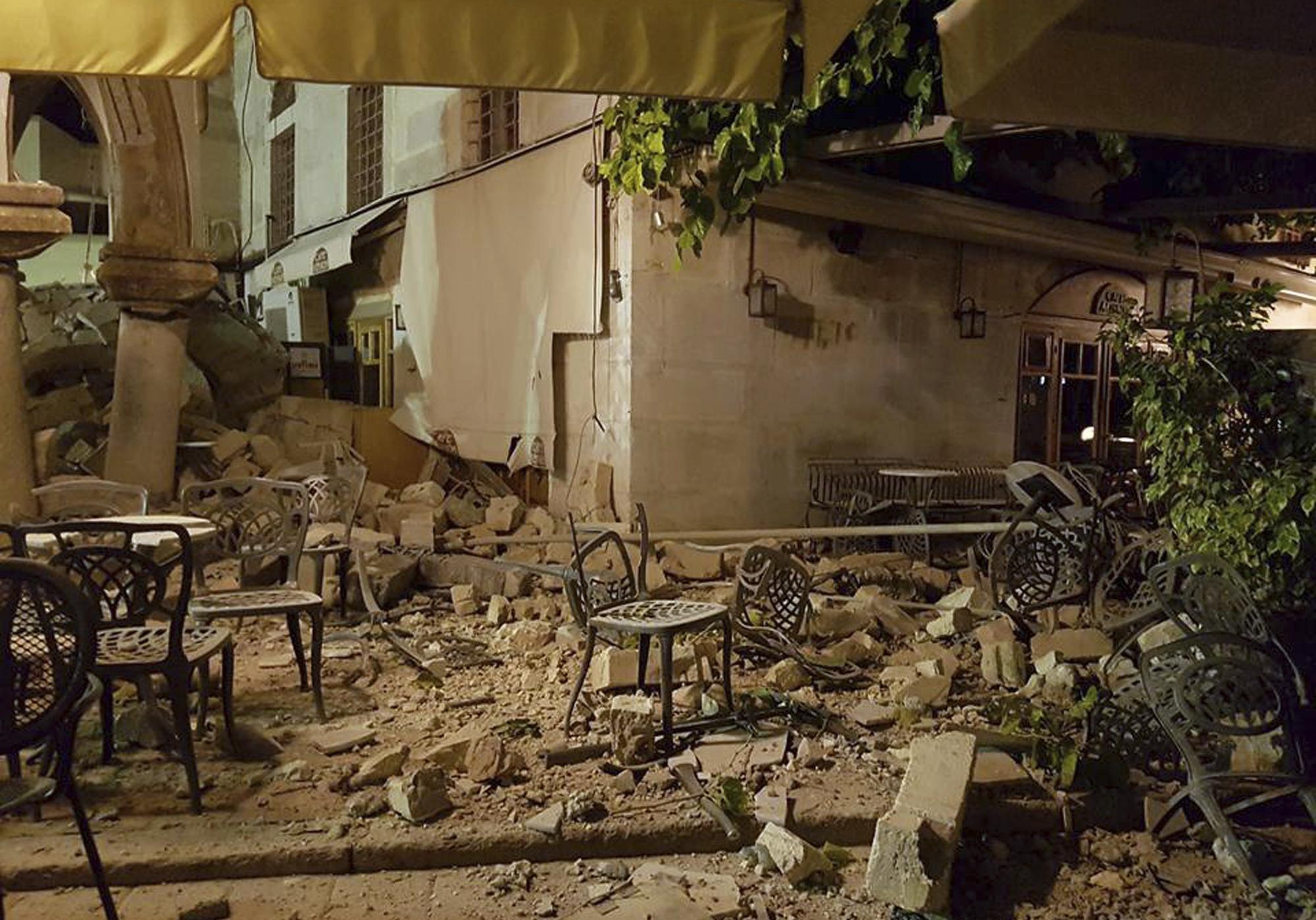Terremoti: scossa 6,7 in Mar Egeo, due morti a Kos