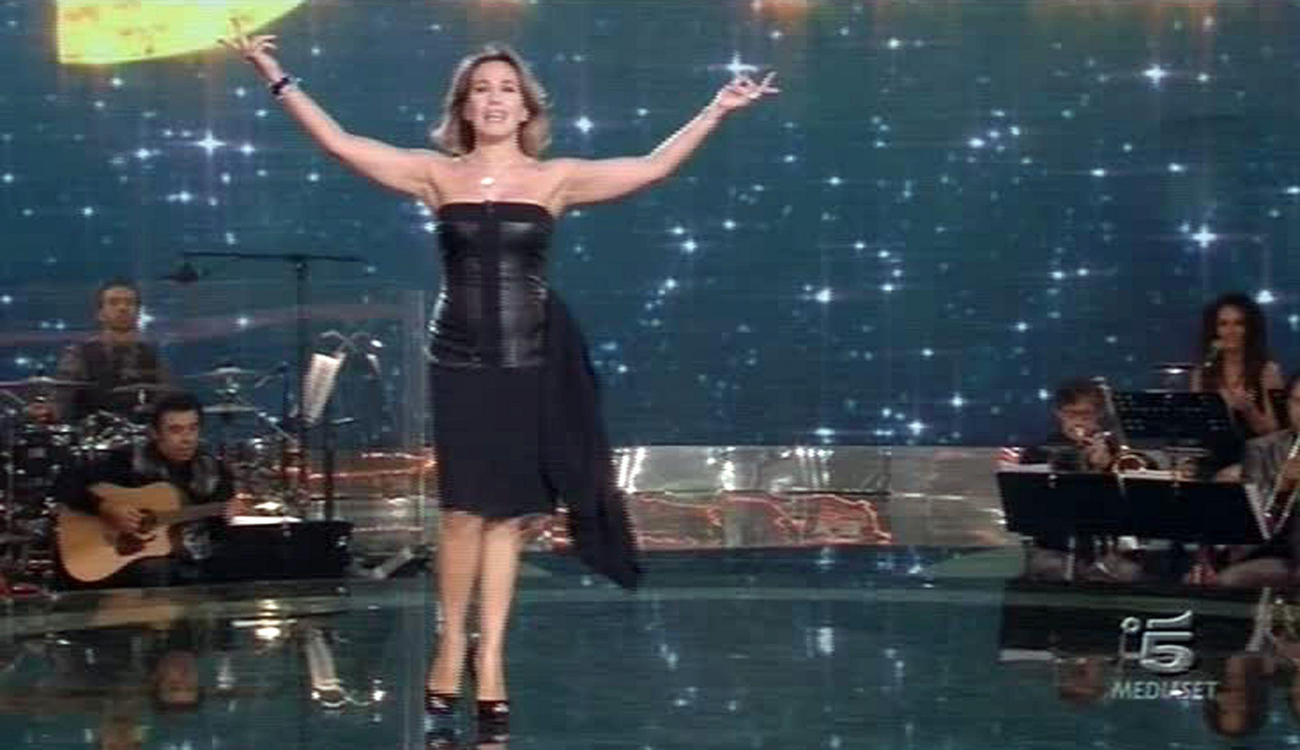 TV: BAILA!, BARBARA D'URSO 'EVVIVA SIAMO IN ONDA'