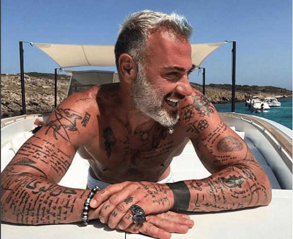 Gianluca Vacchi compie 50 anni