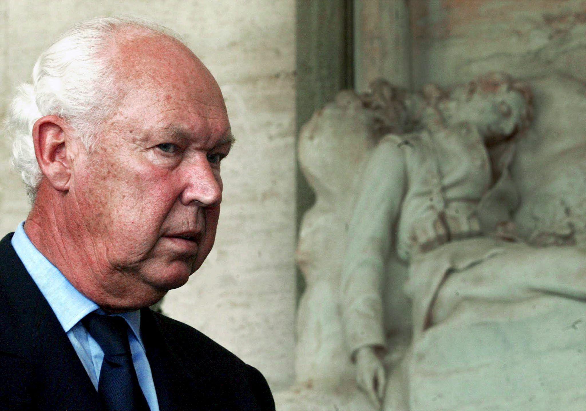 Cassazione: Vittorio Emanuele di Savoia non ha diritto all'oblio per la morte di Hamer
