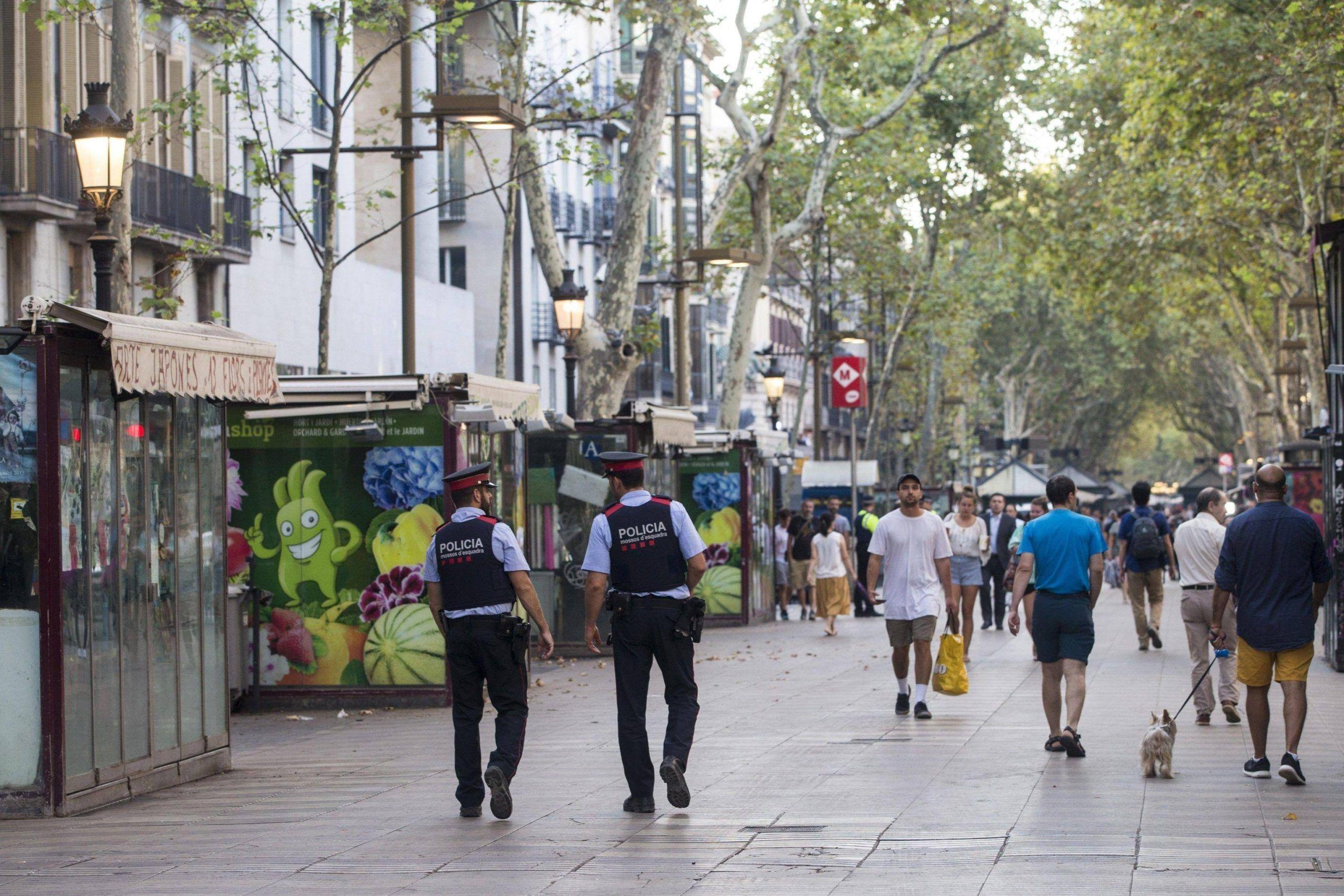 Attentato a Barcellona: chi sono i presunti terroristi