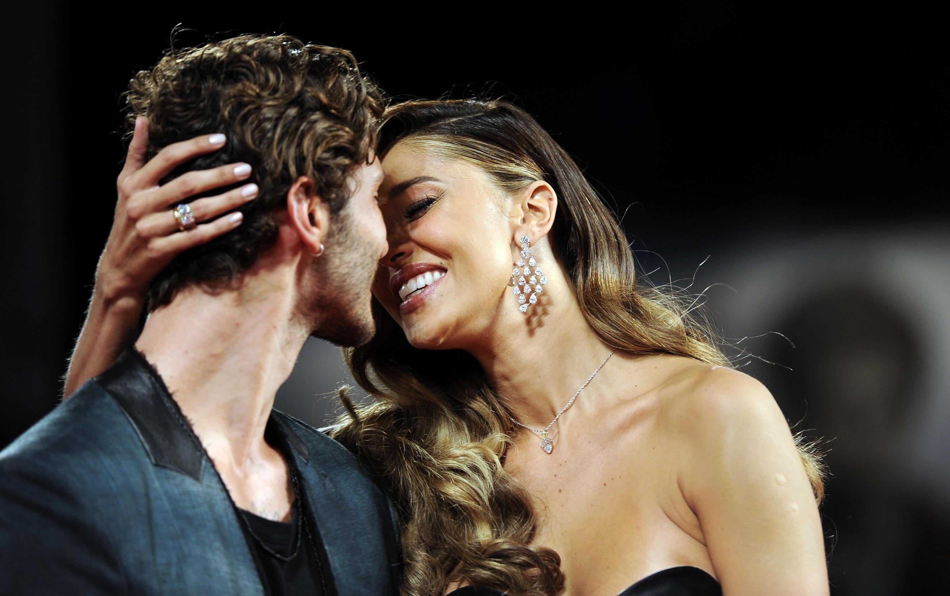 Belén e Stefano De Martino non sono tornati insieme: la Rodriguez è ancora fidanzata con Iannone