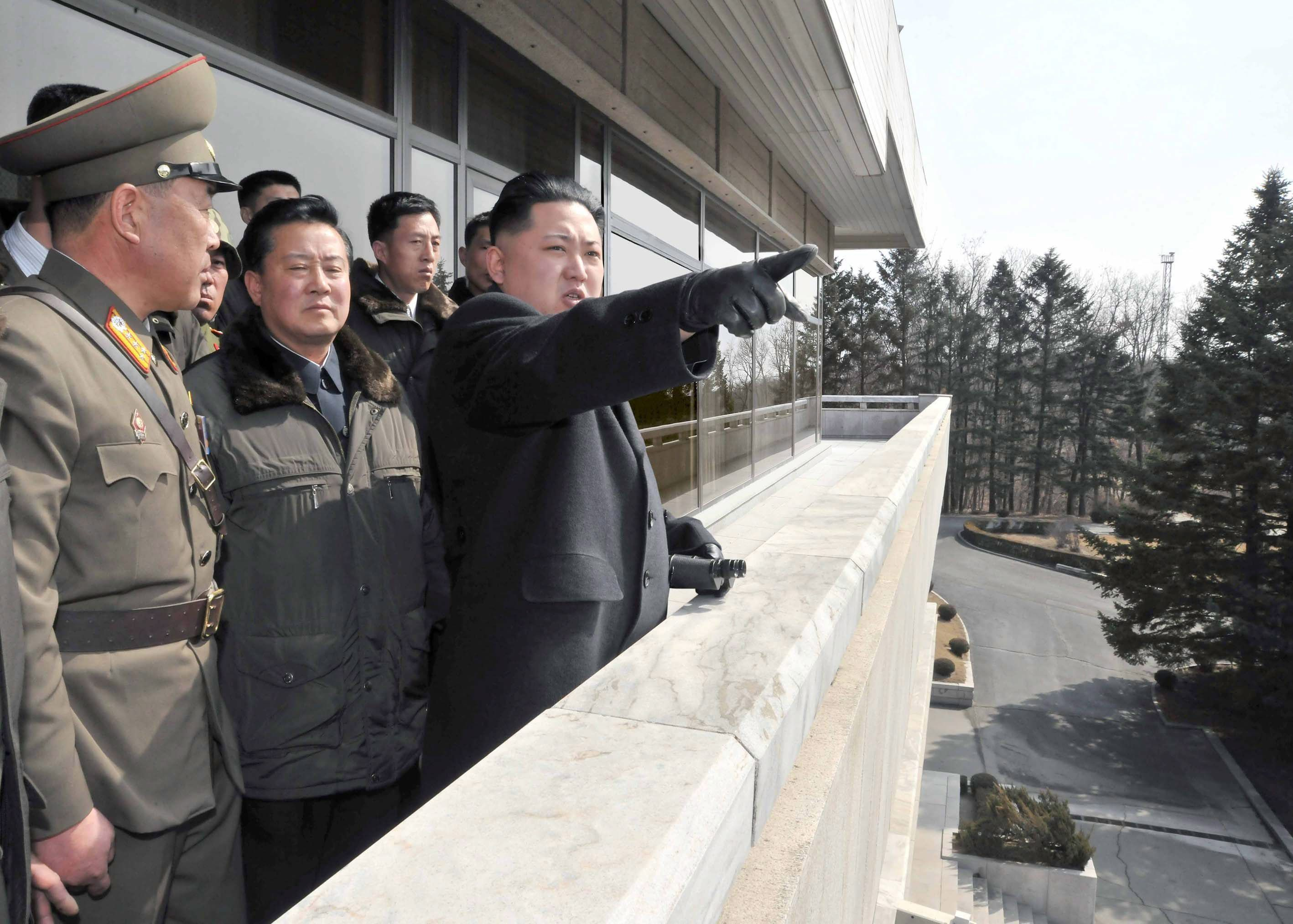 Kim Jong Un ordered military troops to be on high alert in North korea border