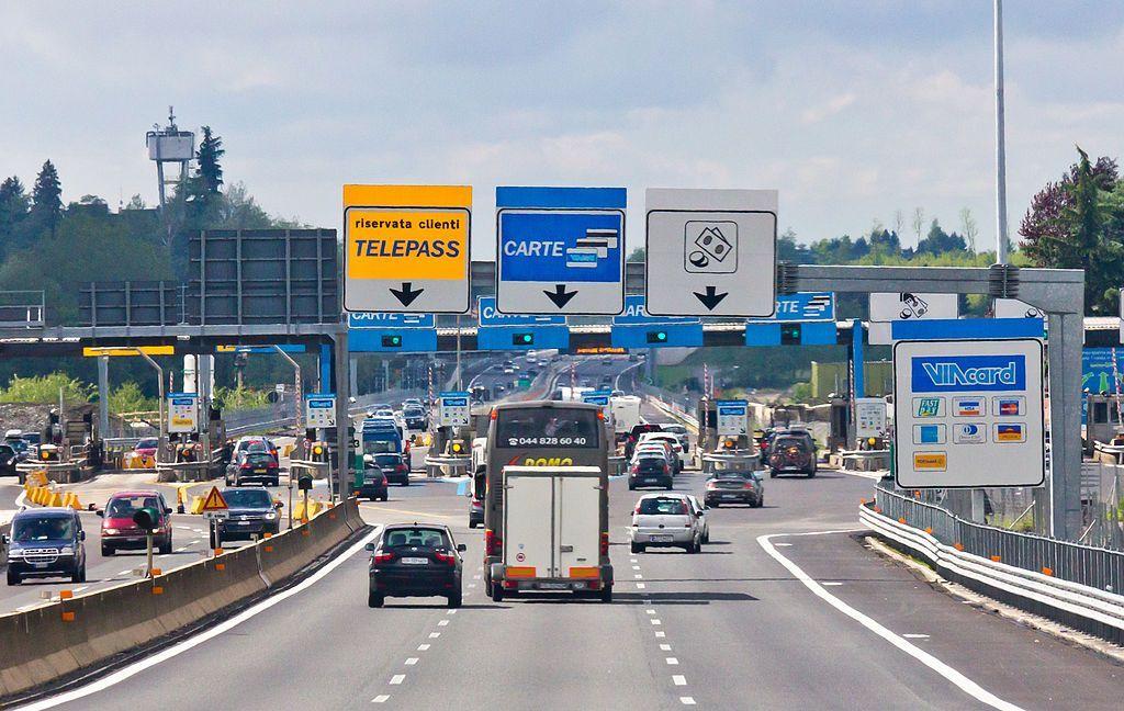 Mancato pagamento del pedaggio autostradale: cosa succede e come pagare