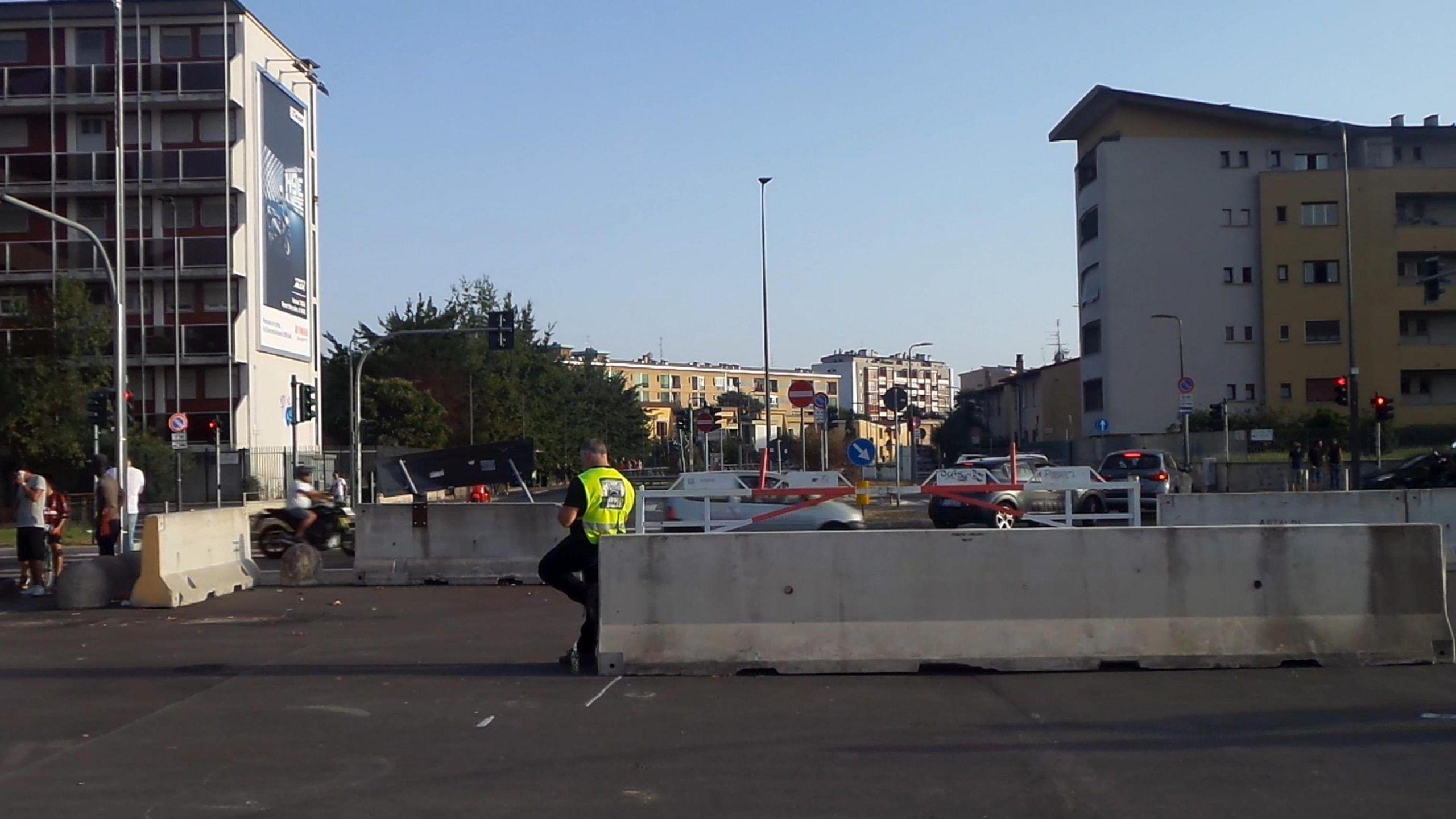 Nuove barriere anti camion a Milano: più sicurezza contro il terrorismo