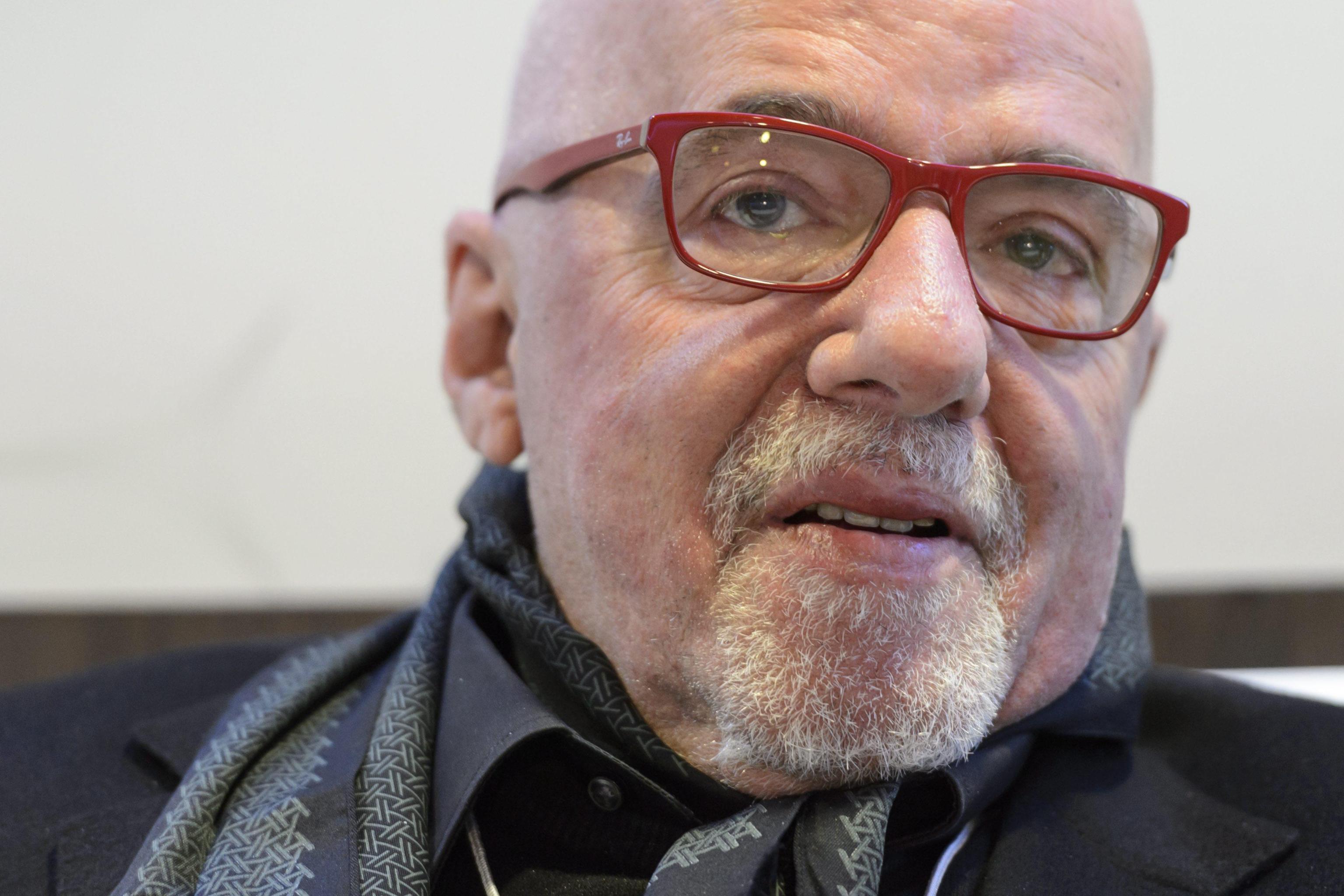 Paulo Coelho, frasi celebri sull'amore e sull'amicizia