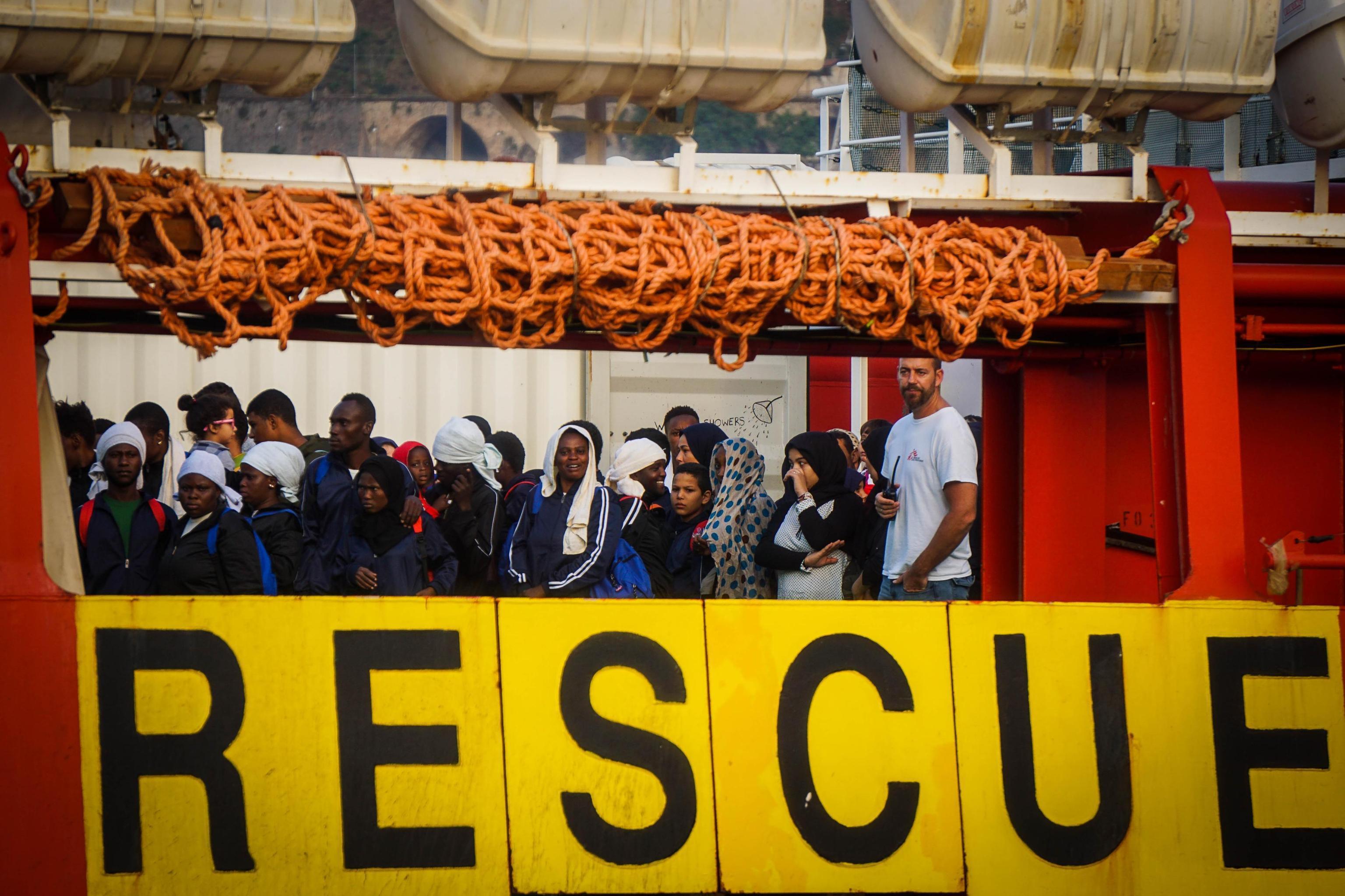 Migranti: Minniti,Codice ong?Ora discussioni finiscono