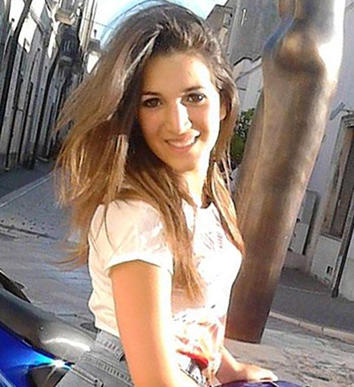 Funerali Noemi Durini: Specchia in lutto per l'ultimo saluto alla 16enne uccisa