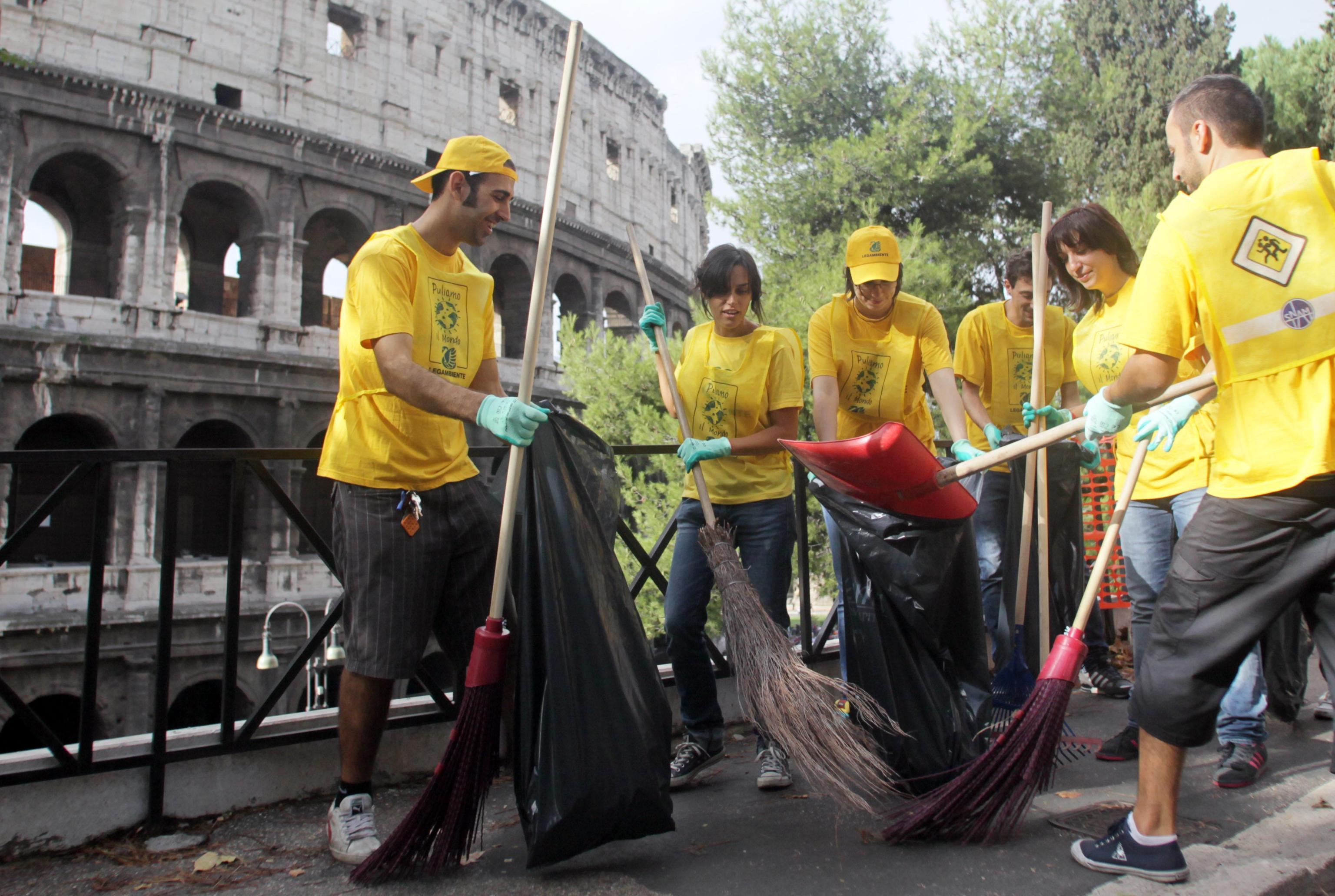 Puliamo il Mondo 2017: dal 22 al 24 settembre volontari in azione in tutta Italia