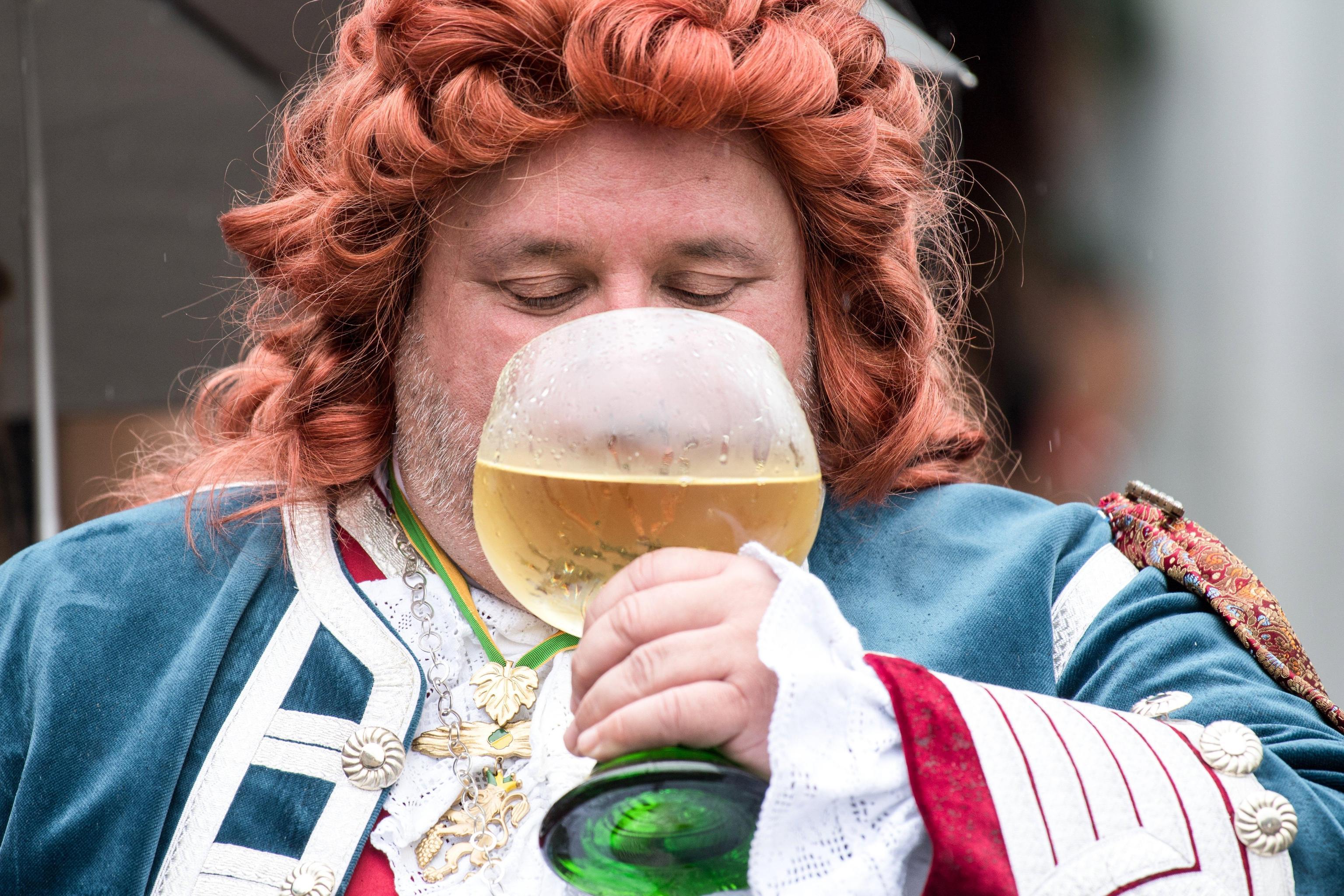 Bere birra per lavoro: a Londra si cercano assaggiatori