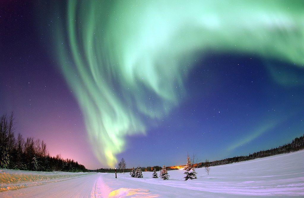 Aurora boreale: cos'è, perché si forma e miglior periodo per osservarla