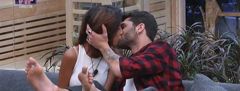 Grande Fratello Vip 2, Carla Cruz è l'ex fidanzata di Simone Rugiati: Jeremias nel mirino