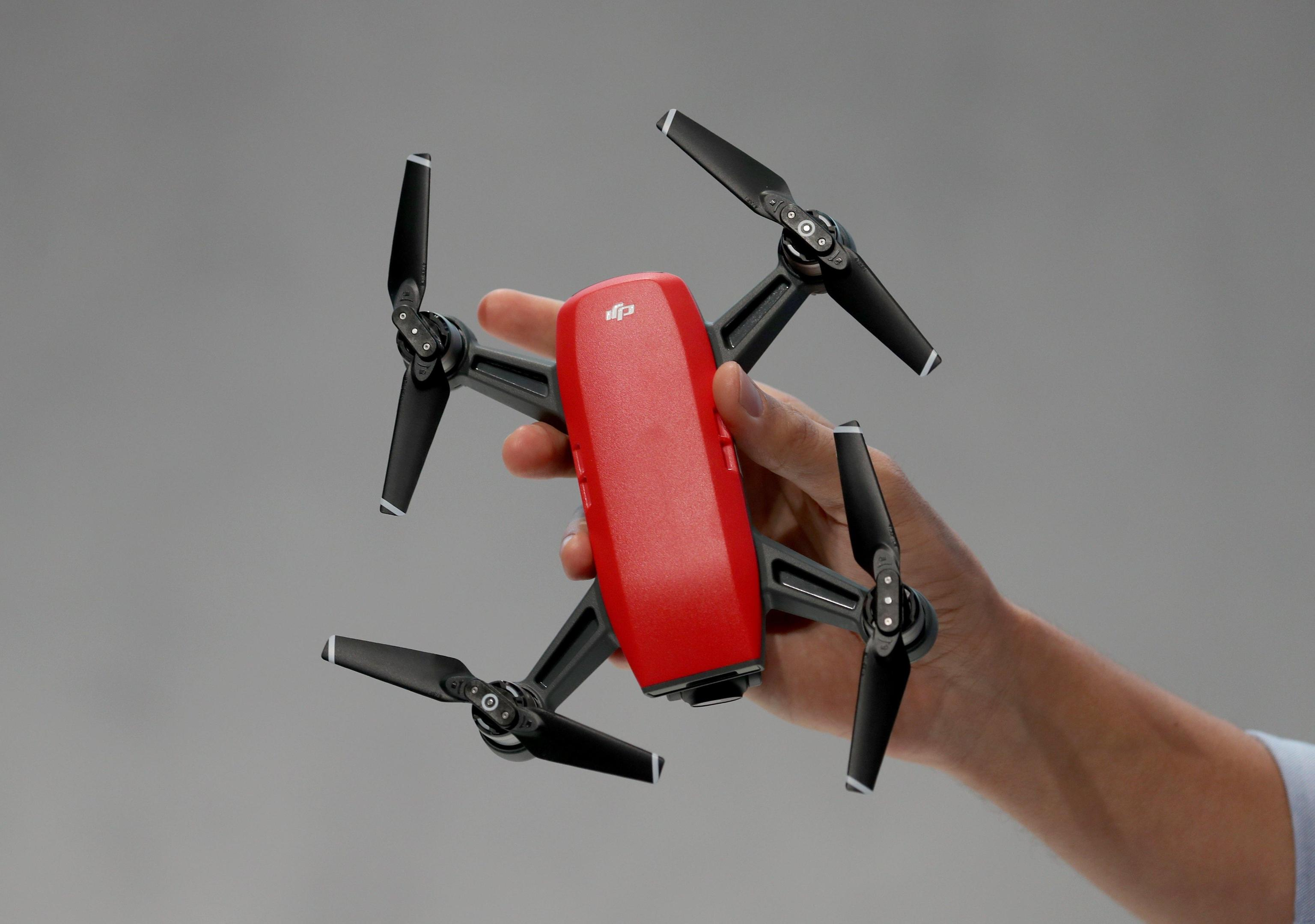 Terrorismo: droni usati per attentati, l'allarme dell'FBI