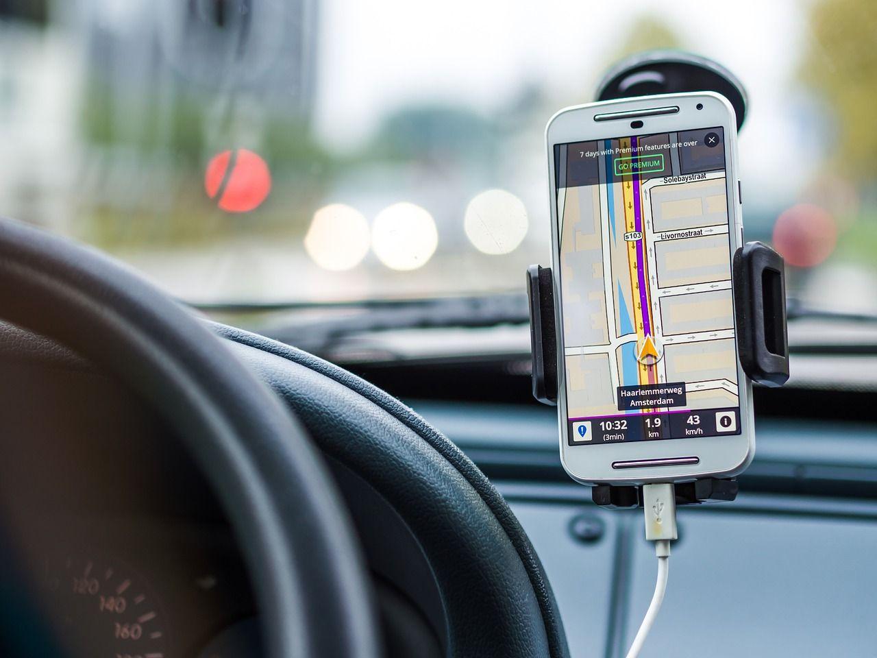 GPS super preciso su smartphone: in arrivo nel 2018