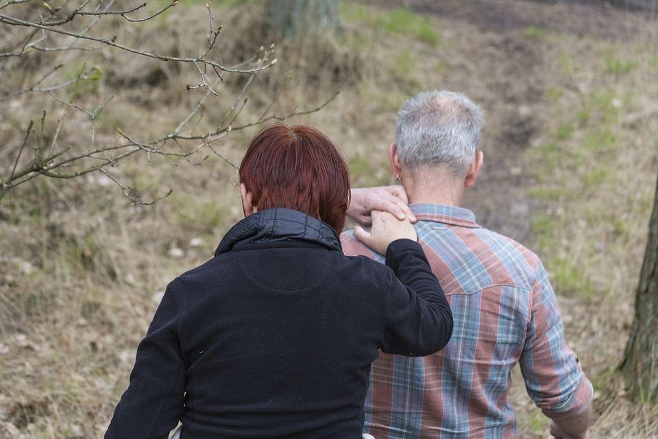 Legge 104 e Pensione Ape Social: i benefici per i caregiver