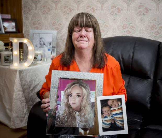 Case popolari, madre suicida dopo un'attesa di sette anni: «Si sentiva abbandonata»
