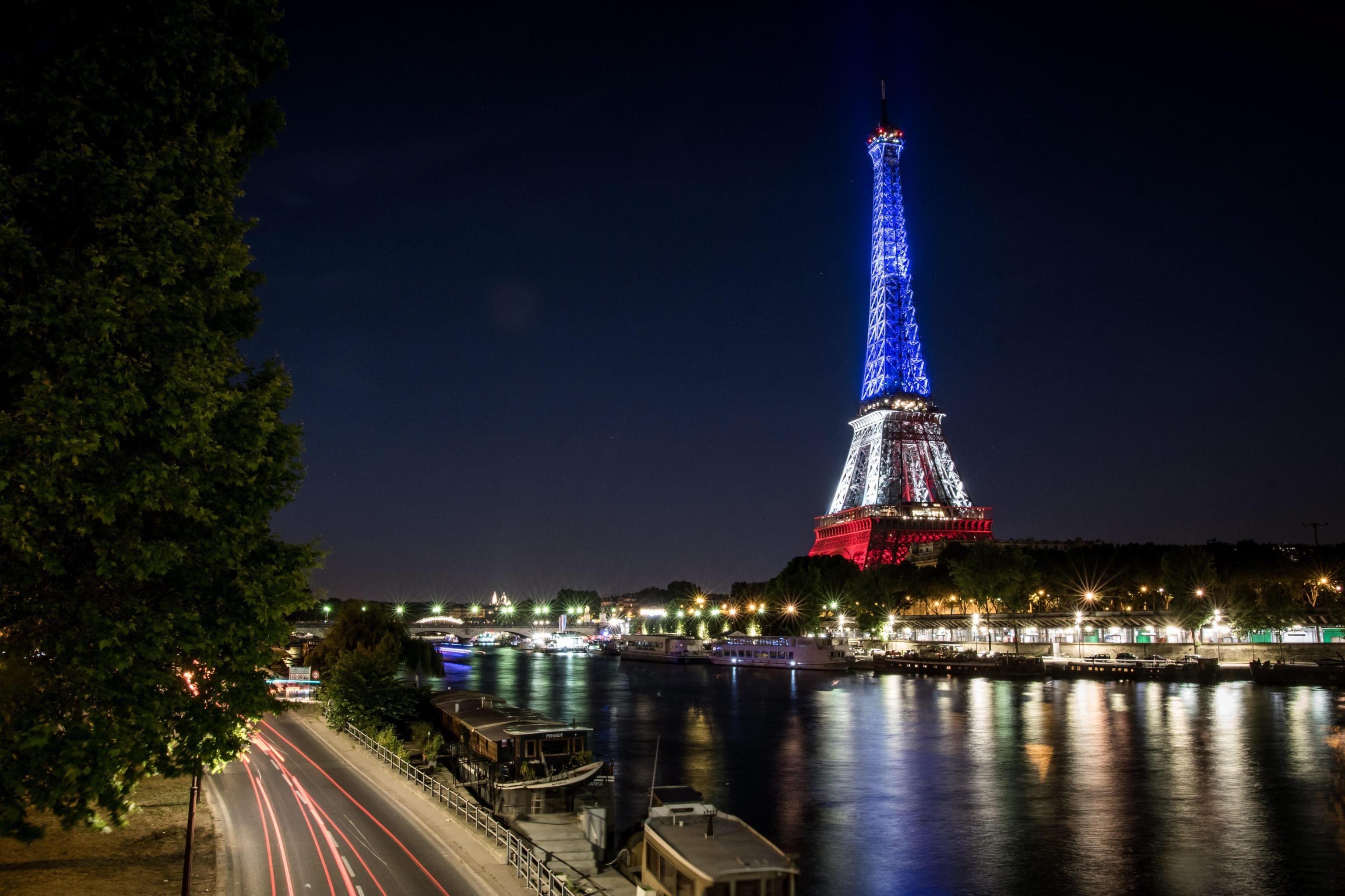 Tribute to the victims of the Nice attack in Paris
